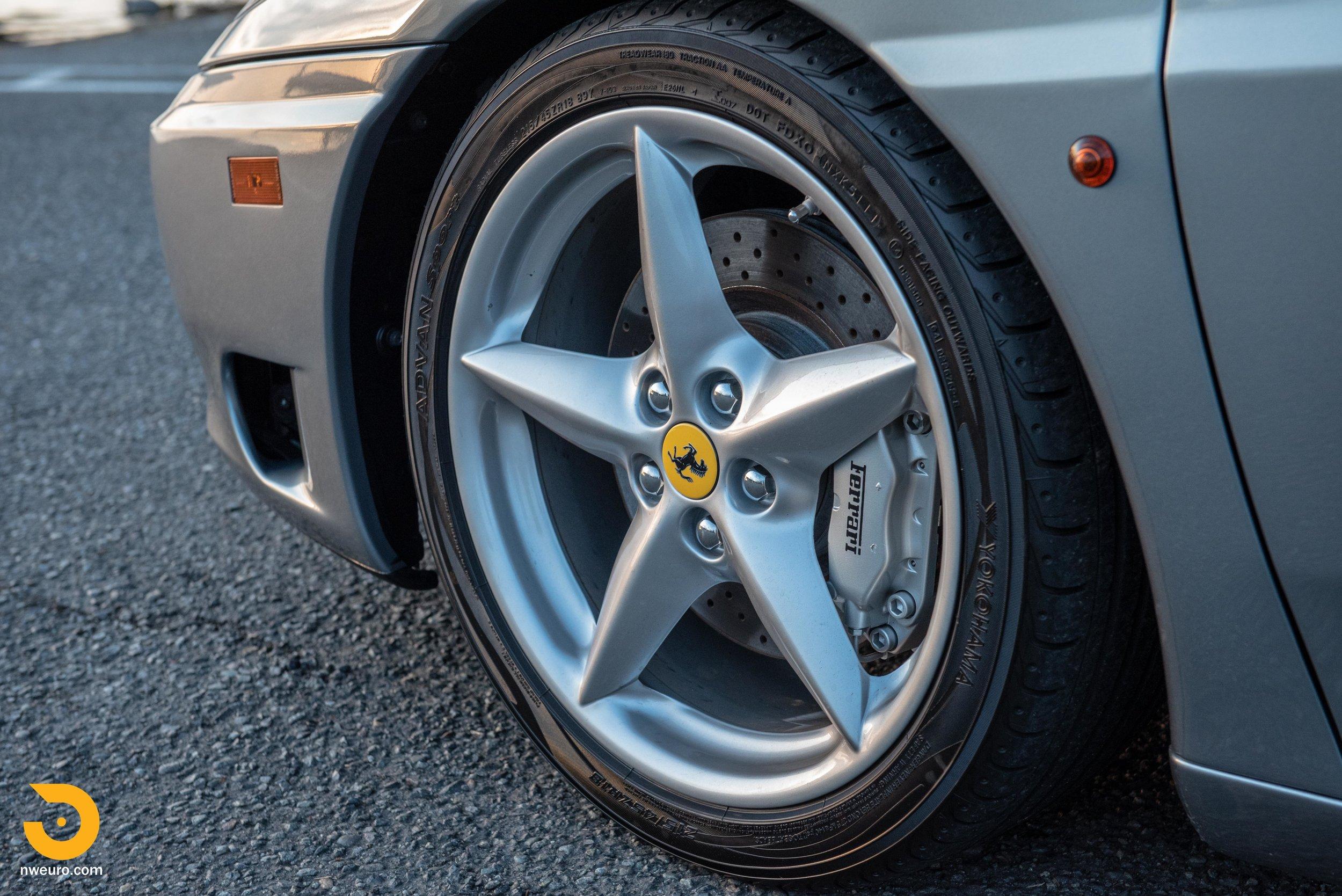 2001 Ferrari 360 Spider-108.jpg
