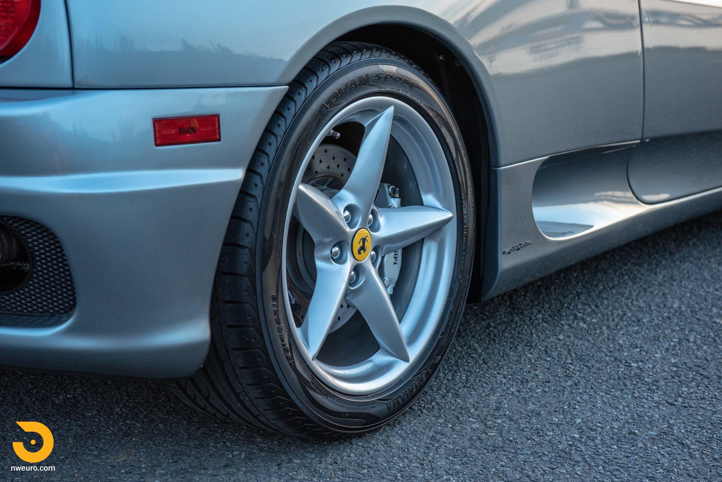 2001 Ferrari 360 Spider-109.jpg