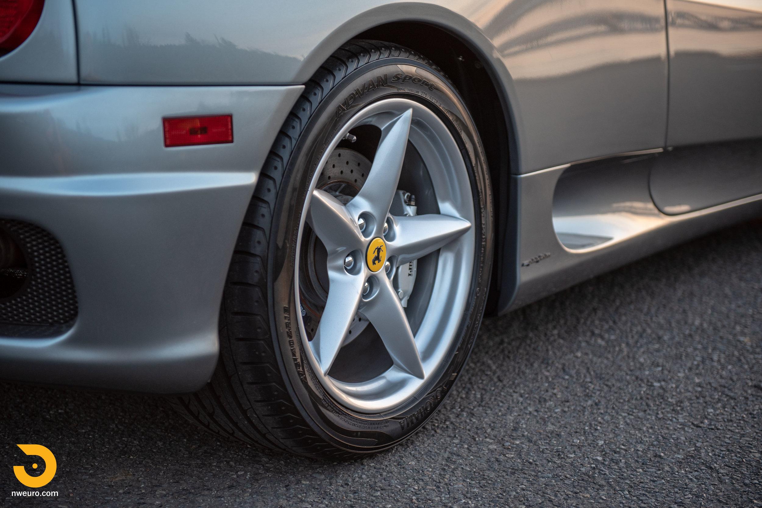 2001 Ferrari 360 Spider-111.jpg