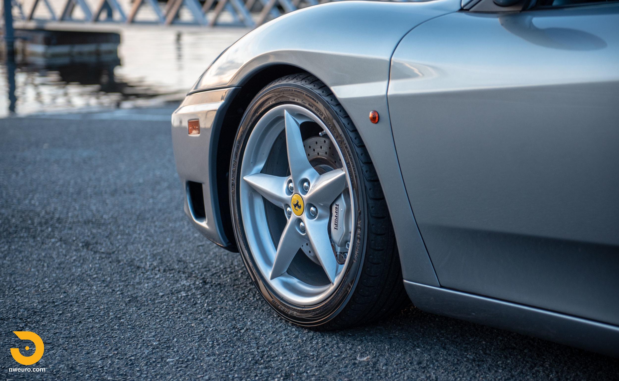 2001 Ferrari 360 Spider-113.jpg