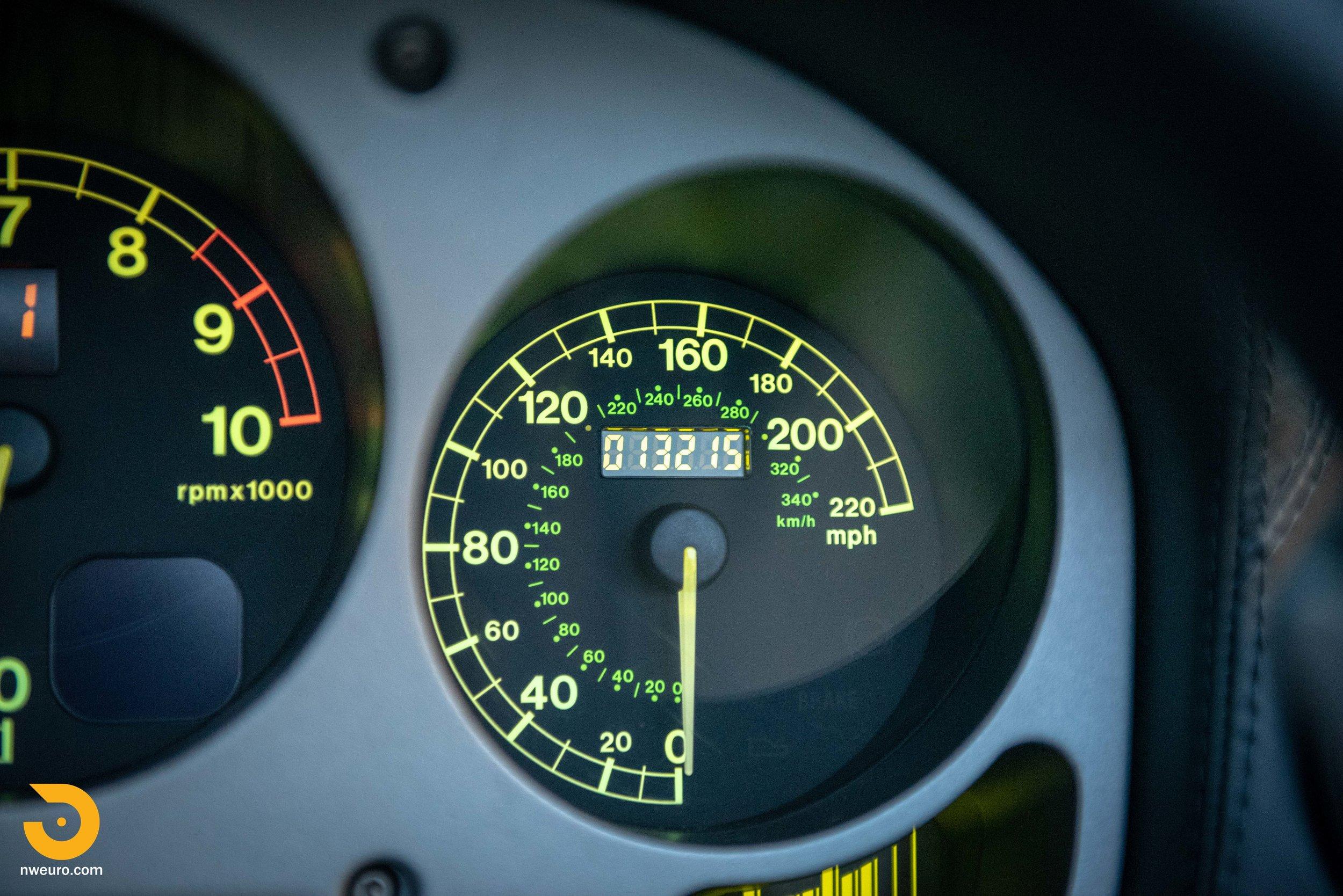 2001 Ferrari 360 Spider-114.jpg