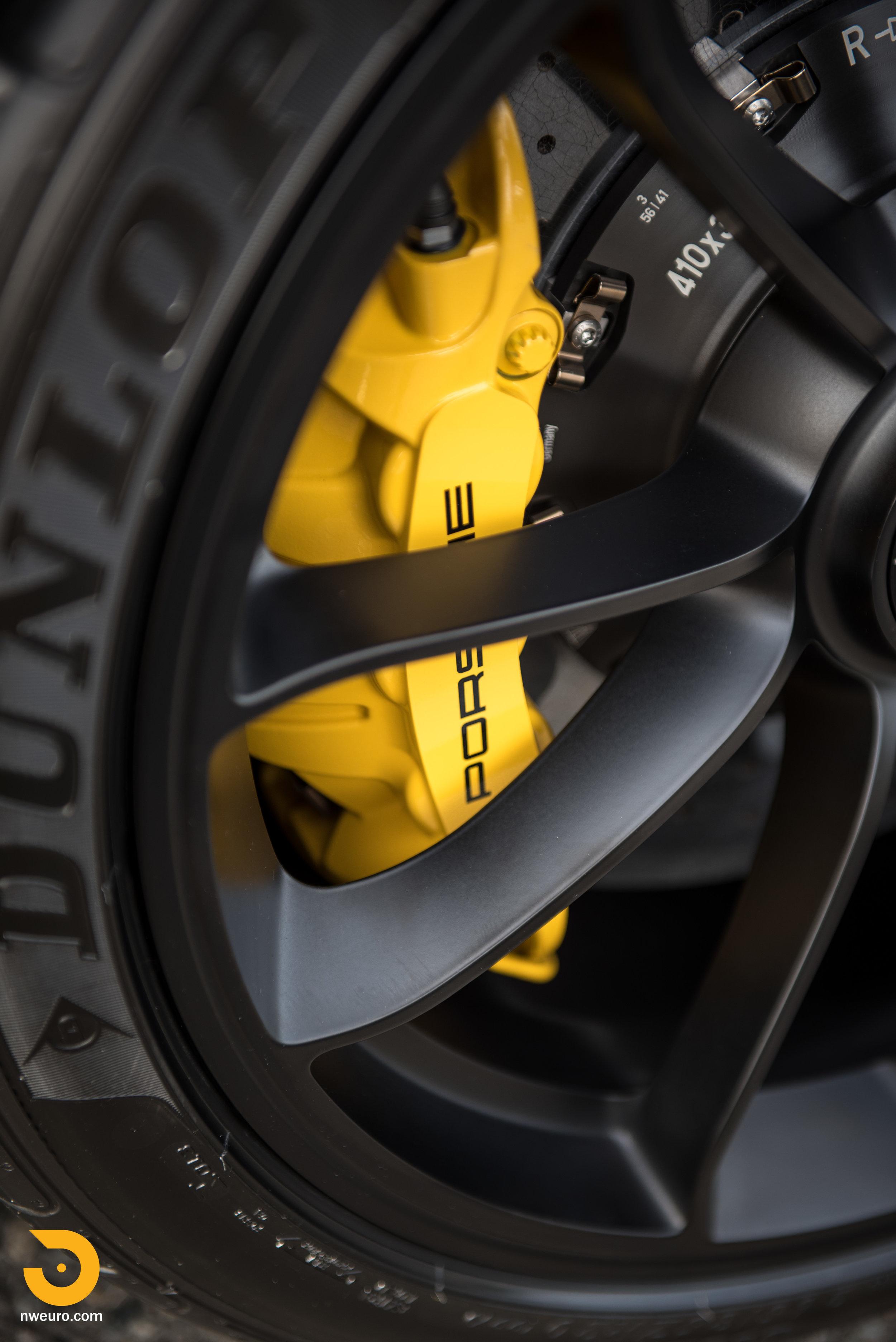 2016 Porsche GT3 RS-6.jpg