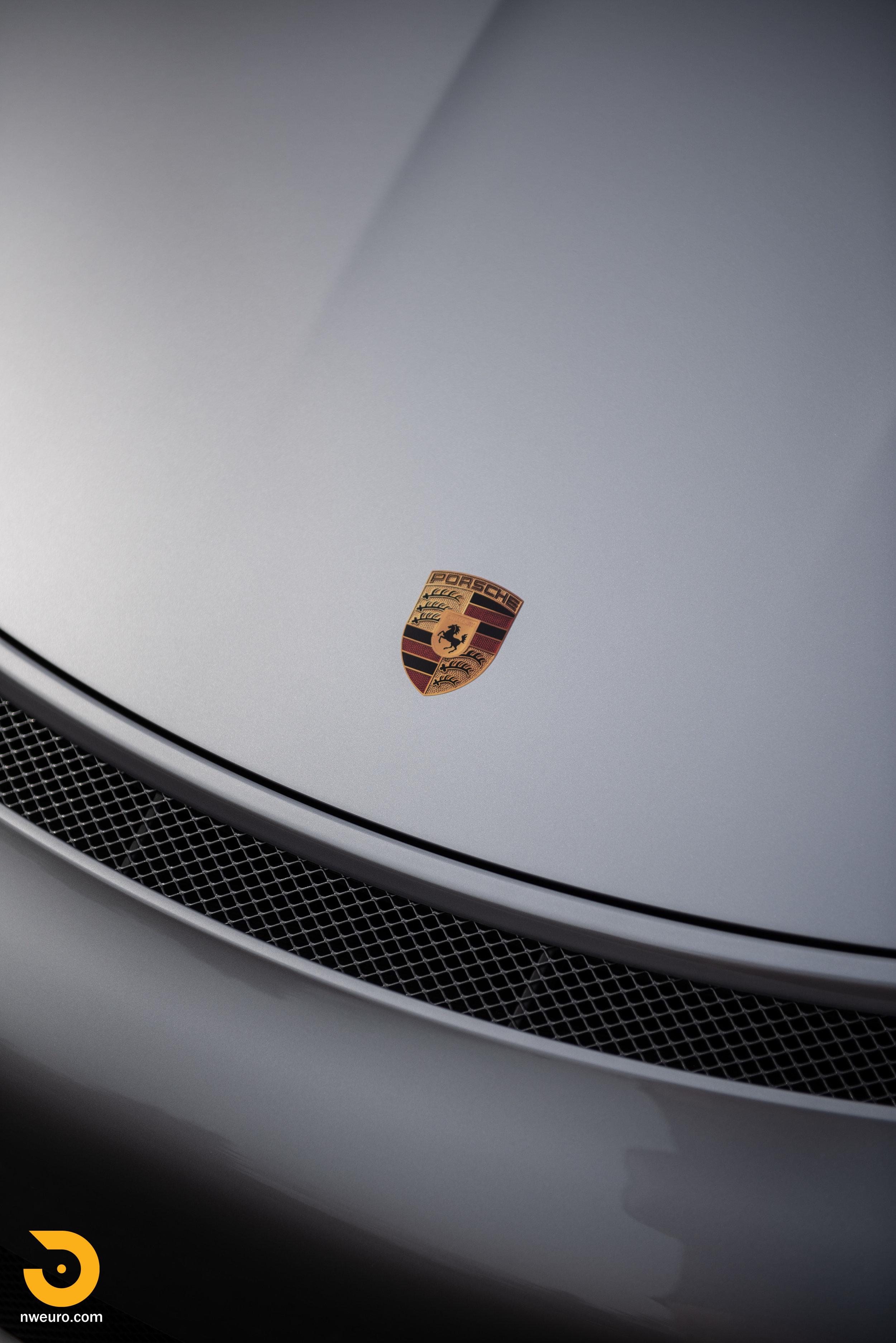 2016 Porsche GT3 RS-13.jpg