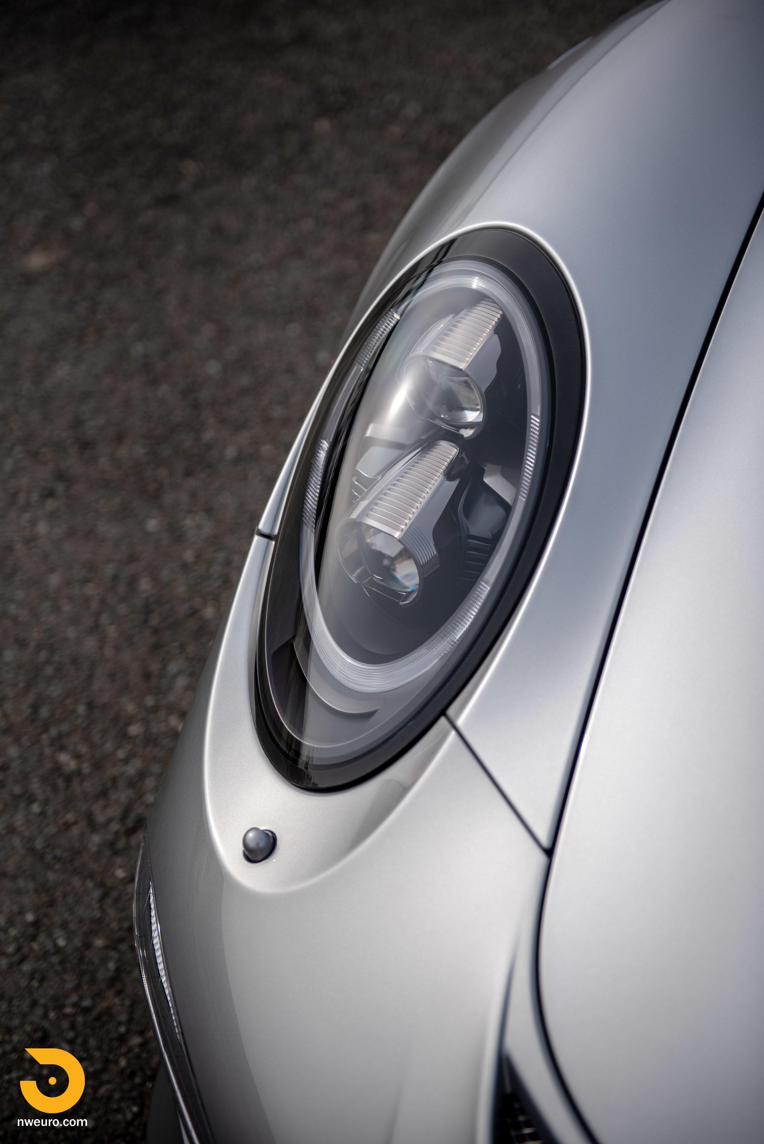 2016 Porsche GT3 RS-15.jpg
