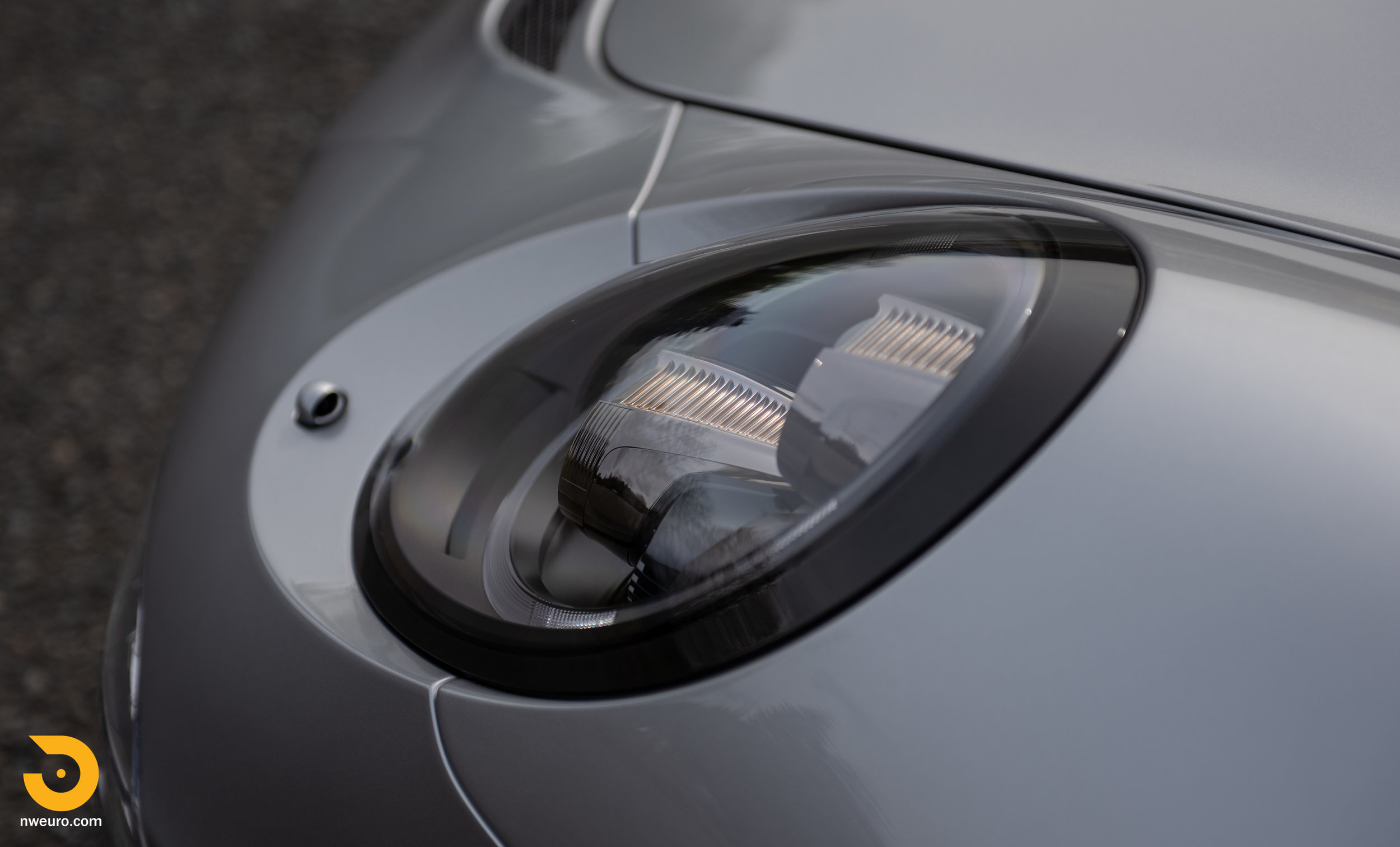 2016 Porsche GT3 RS-17.jpg