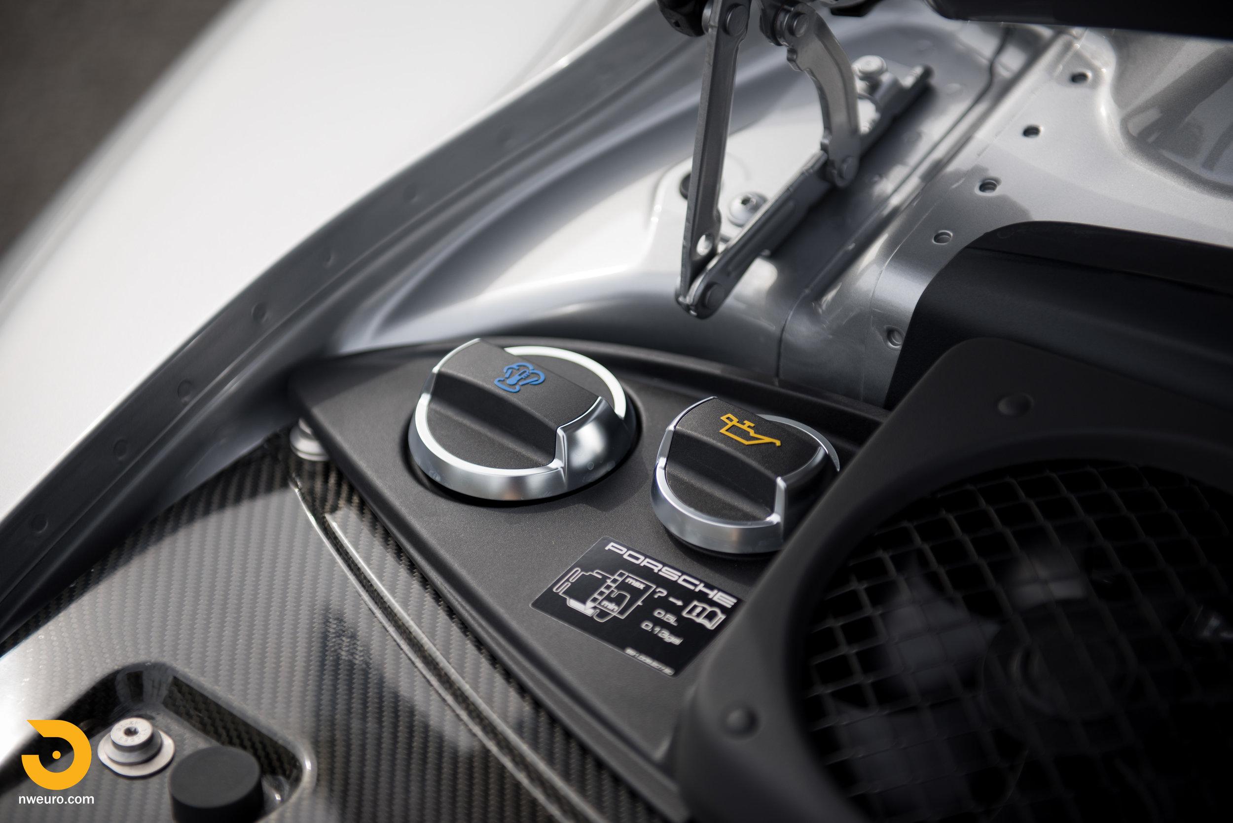 2016 Porsche GT3 RS-48.jpg