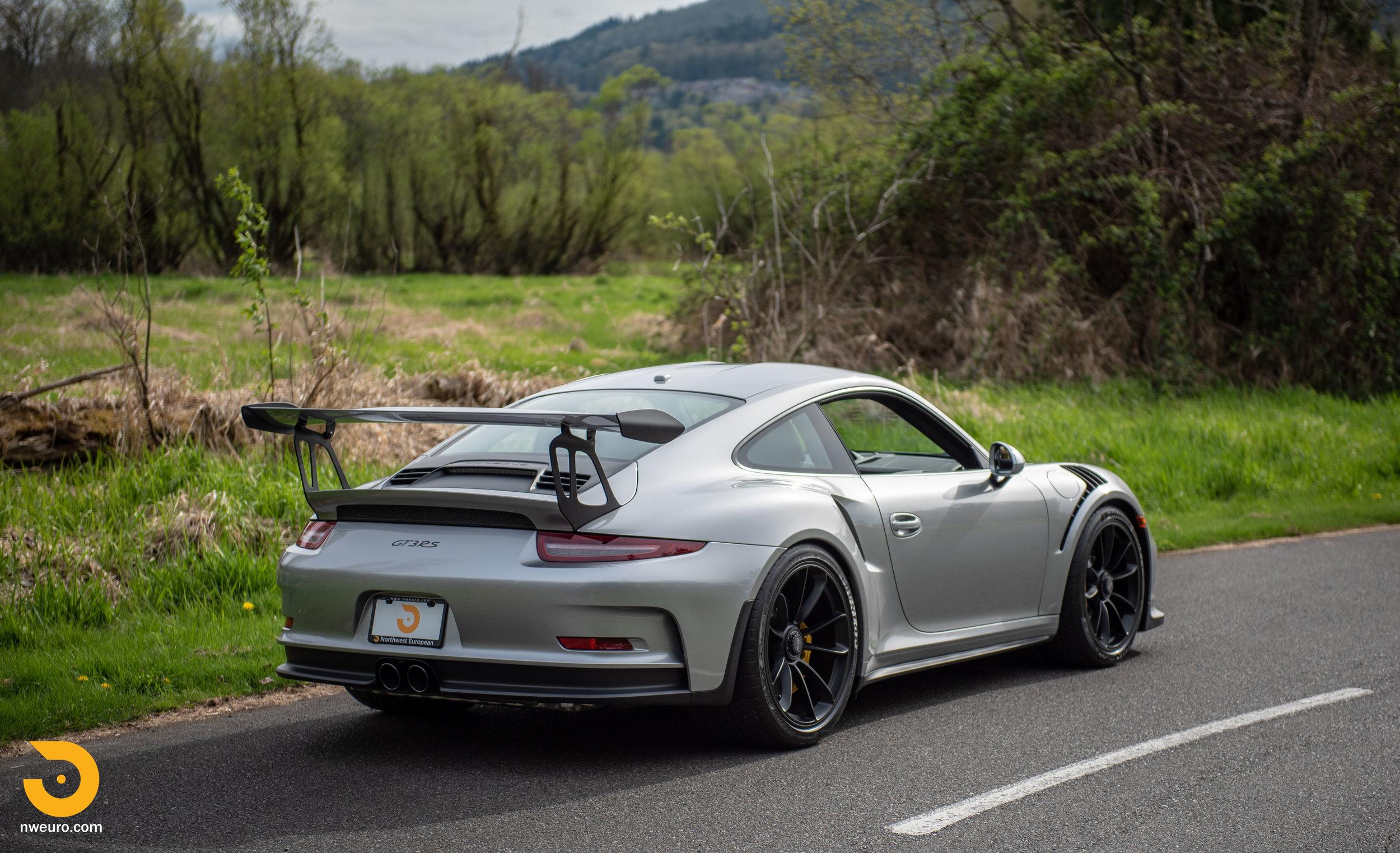2016 Porsche GT3 RS-85.jpg