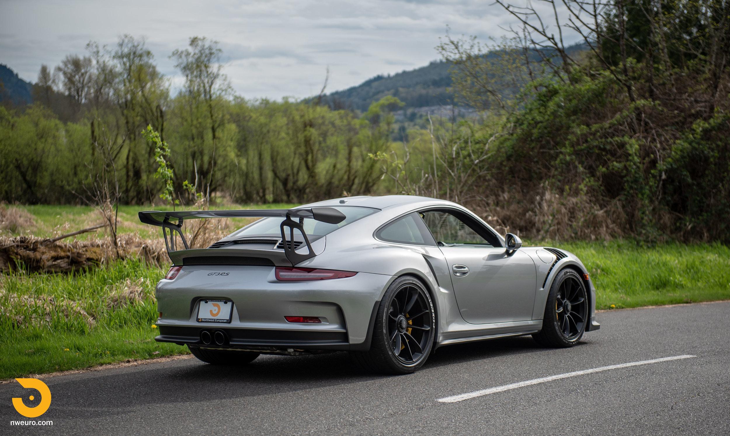 2016 Porsche GT3 RS-86.jpg