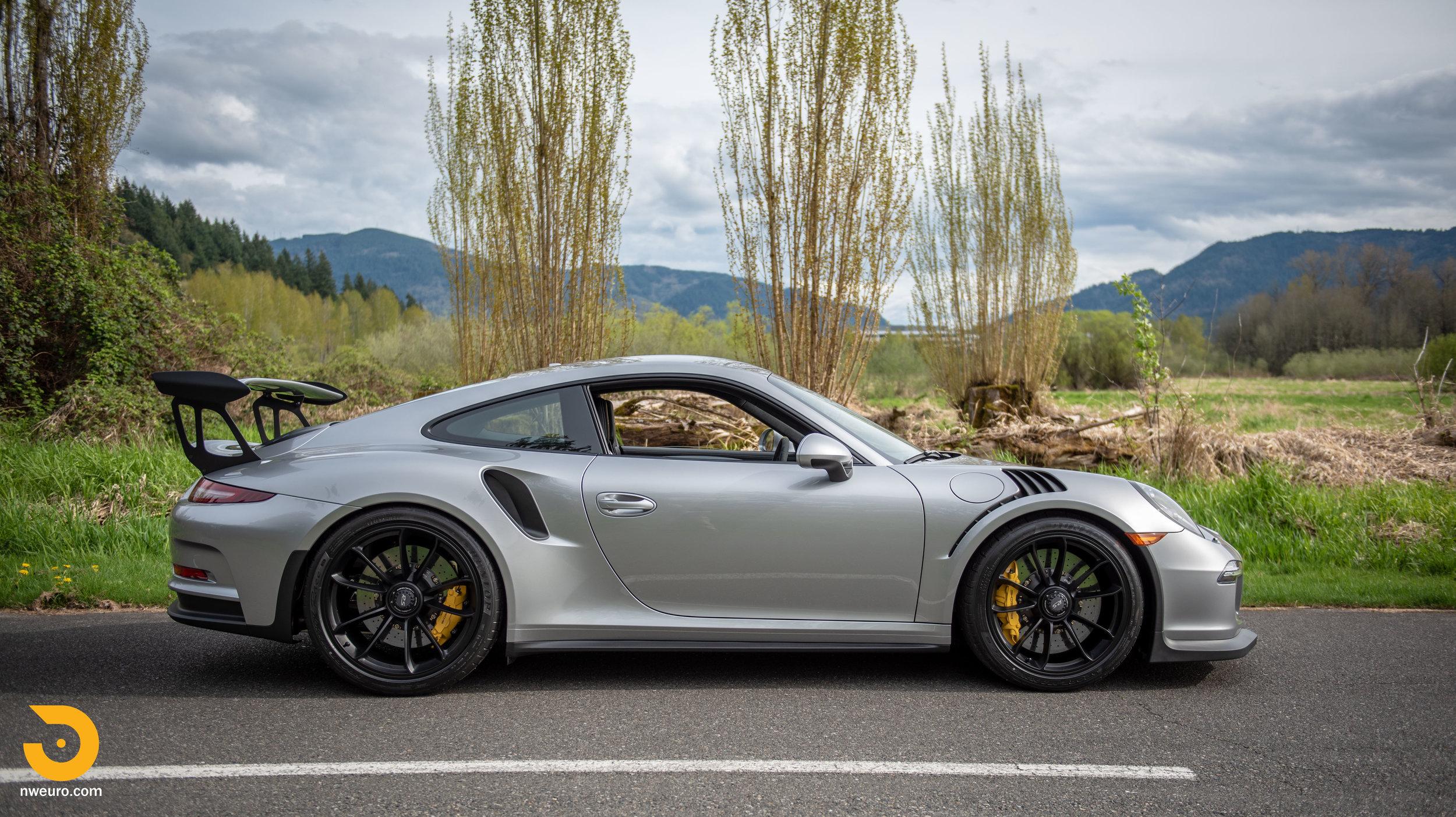 2016 Porsche GT3 RS-87.jpg