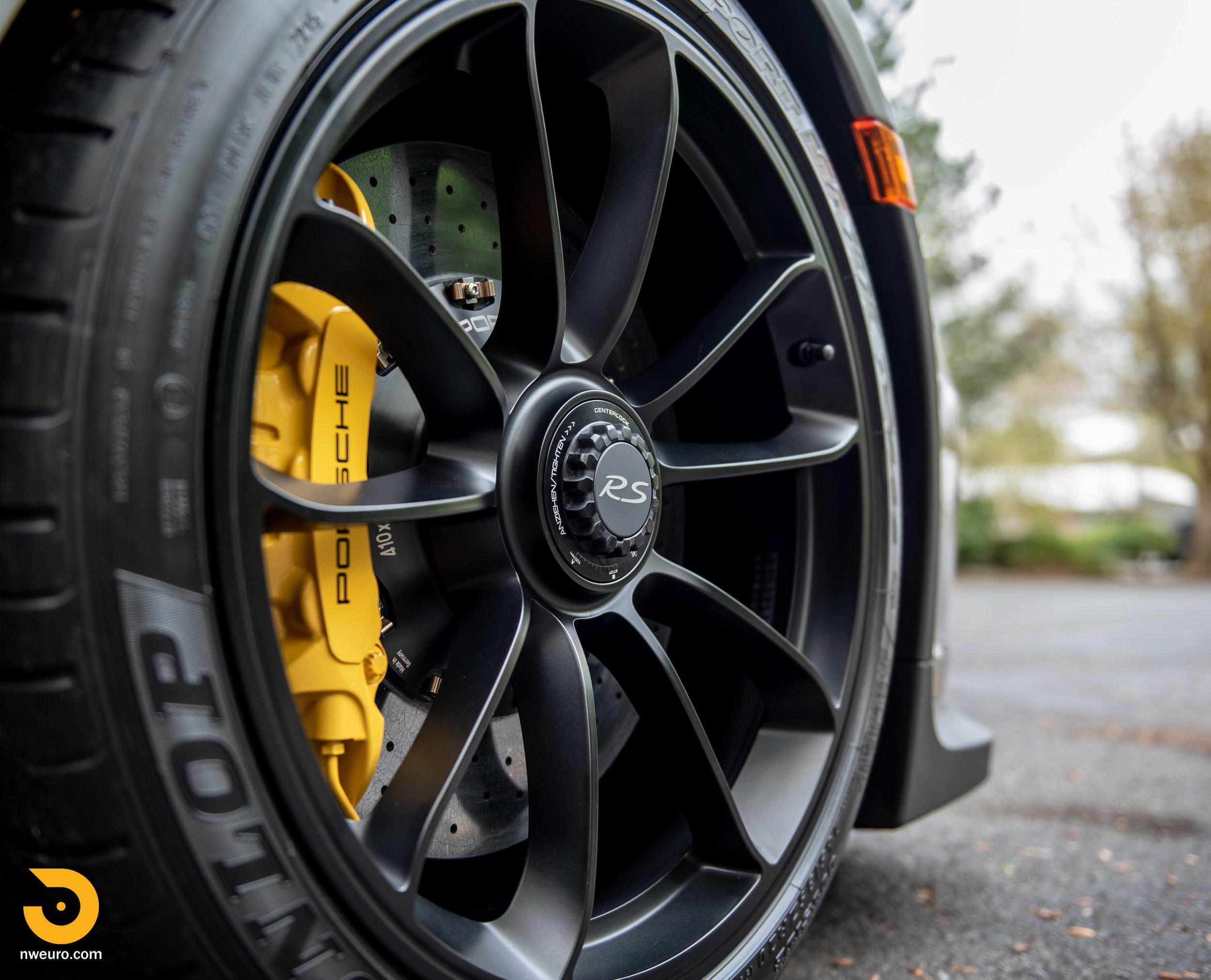 2016 Porsche GT3 RS-103.jpg