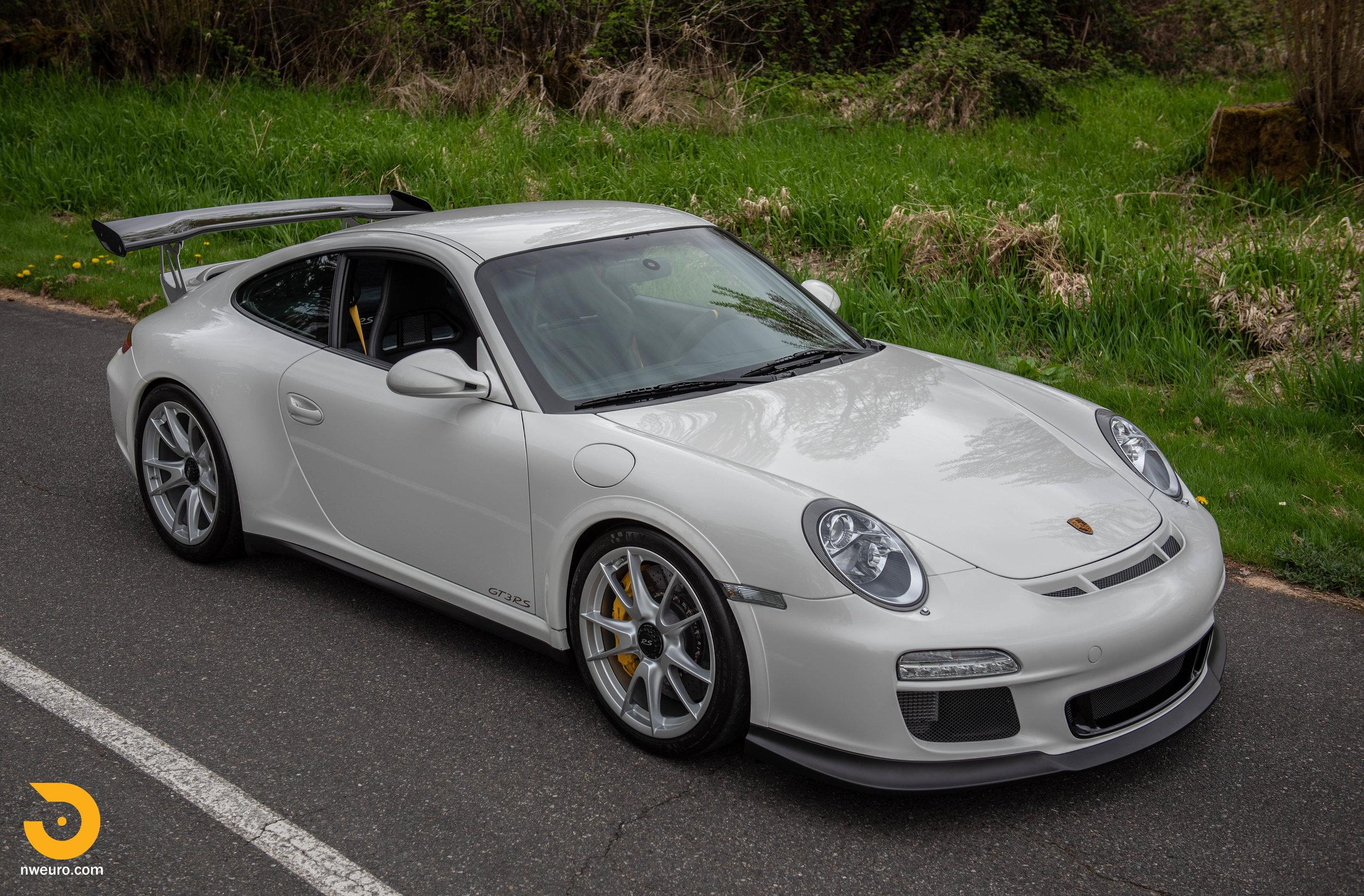 2011 Porsche GT3 RS-6.jpg
