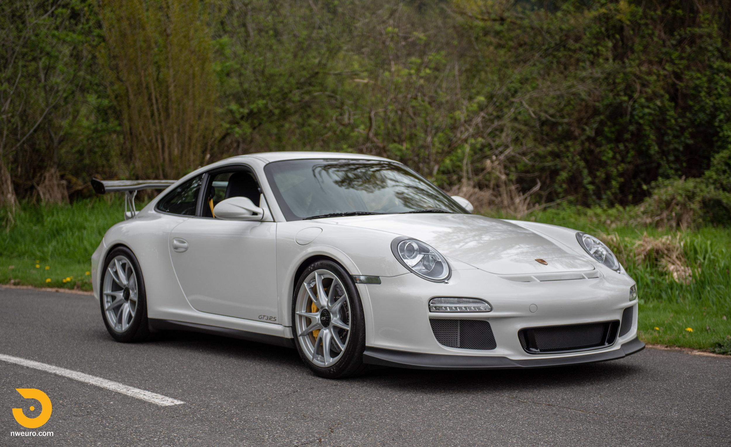 2011 Porsche GT3 RS-7.jpg