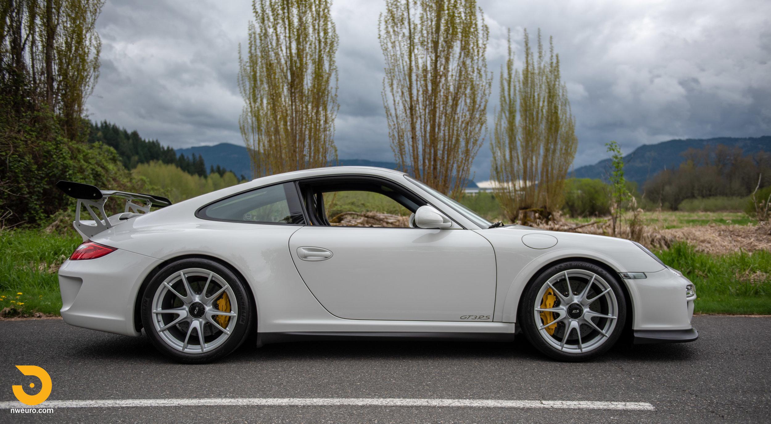 2011 Porsche GT3 RS-9.jpg