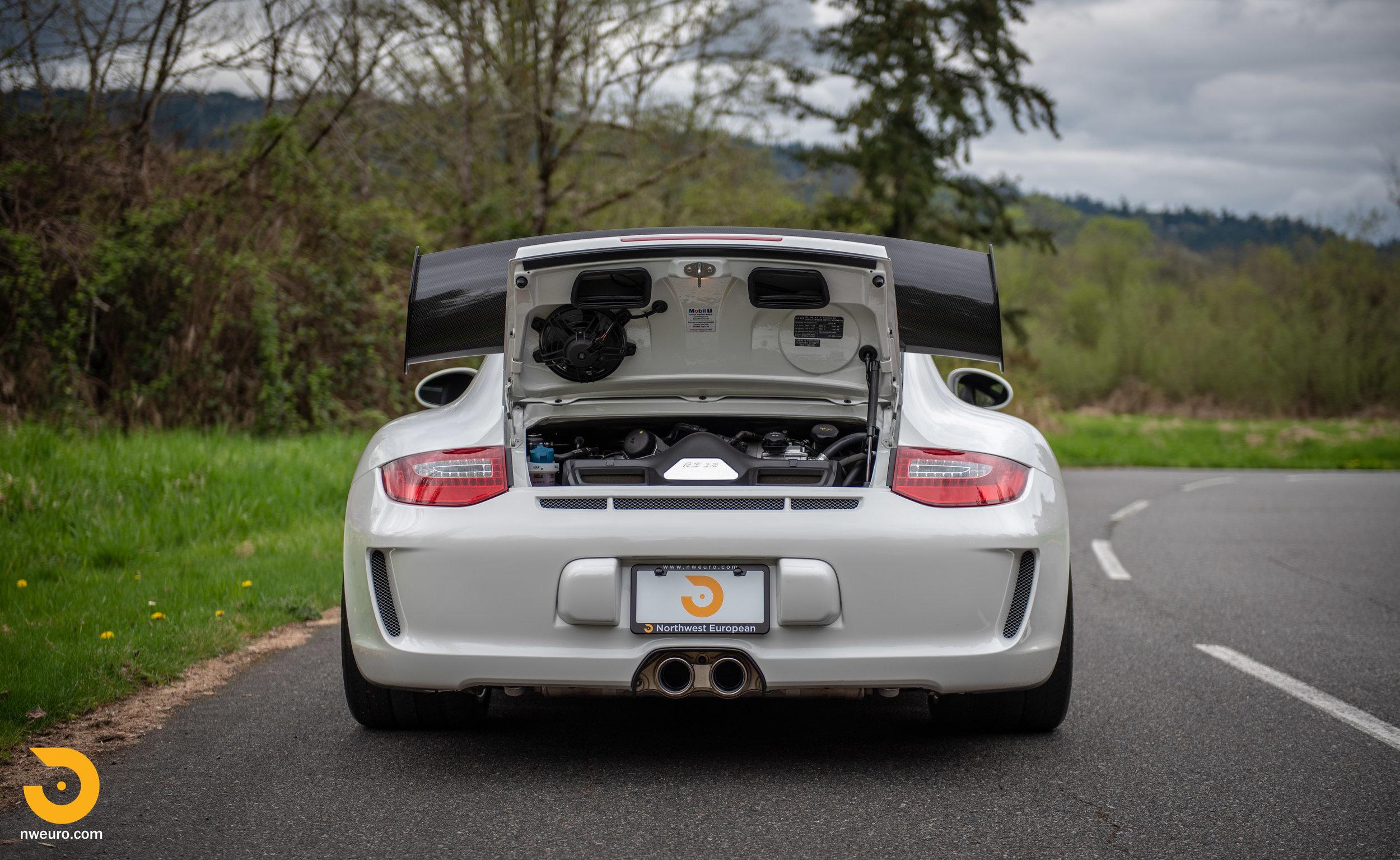 2011 Porsche GT3 RS-18.jpg