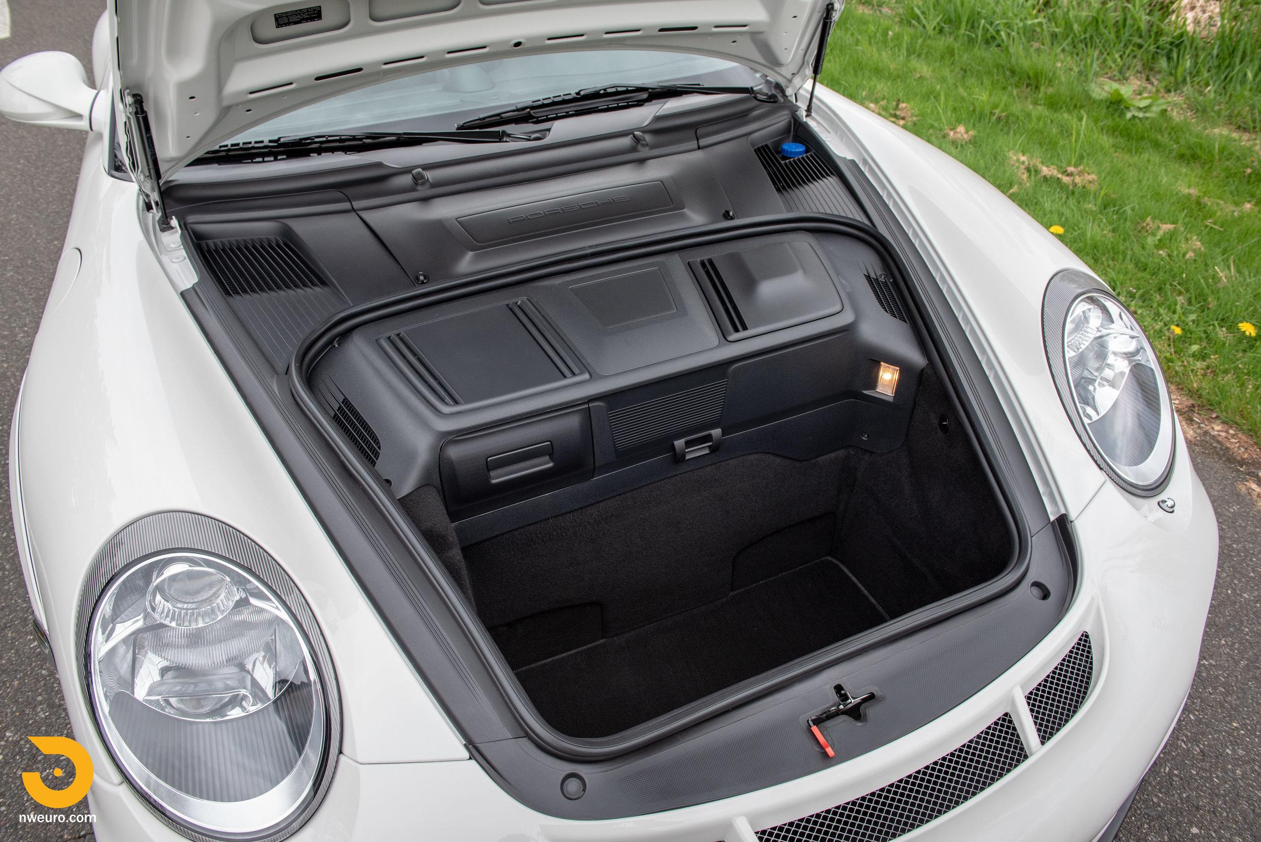 2011 Porsche GT3 RS-21.jpg