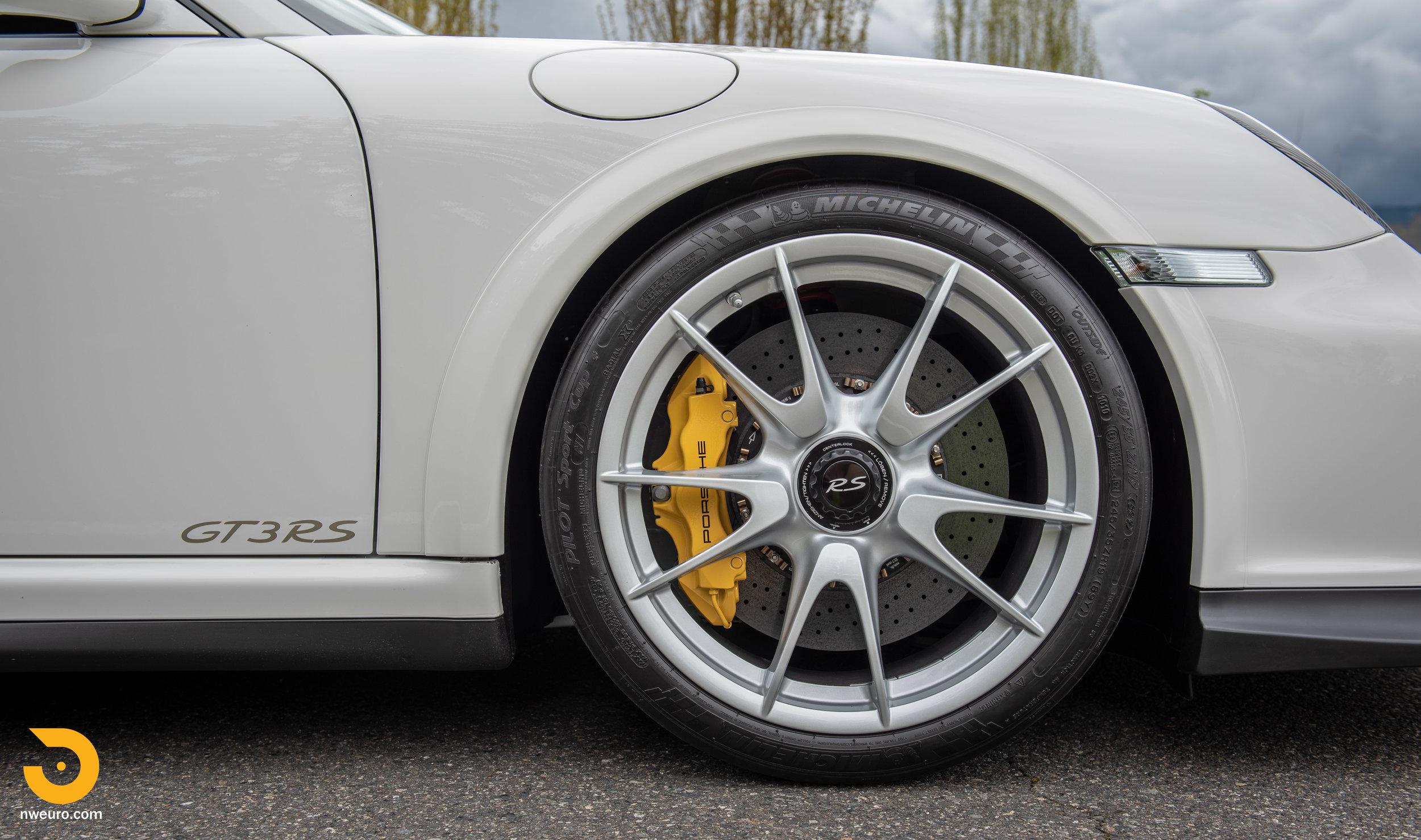 2011 Porsche GT3 RS-27.jpg
