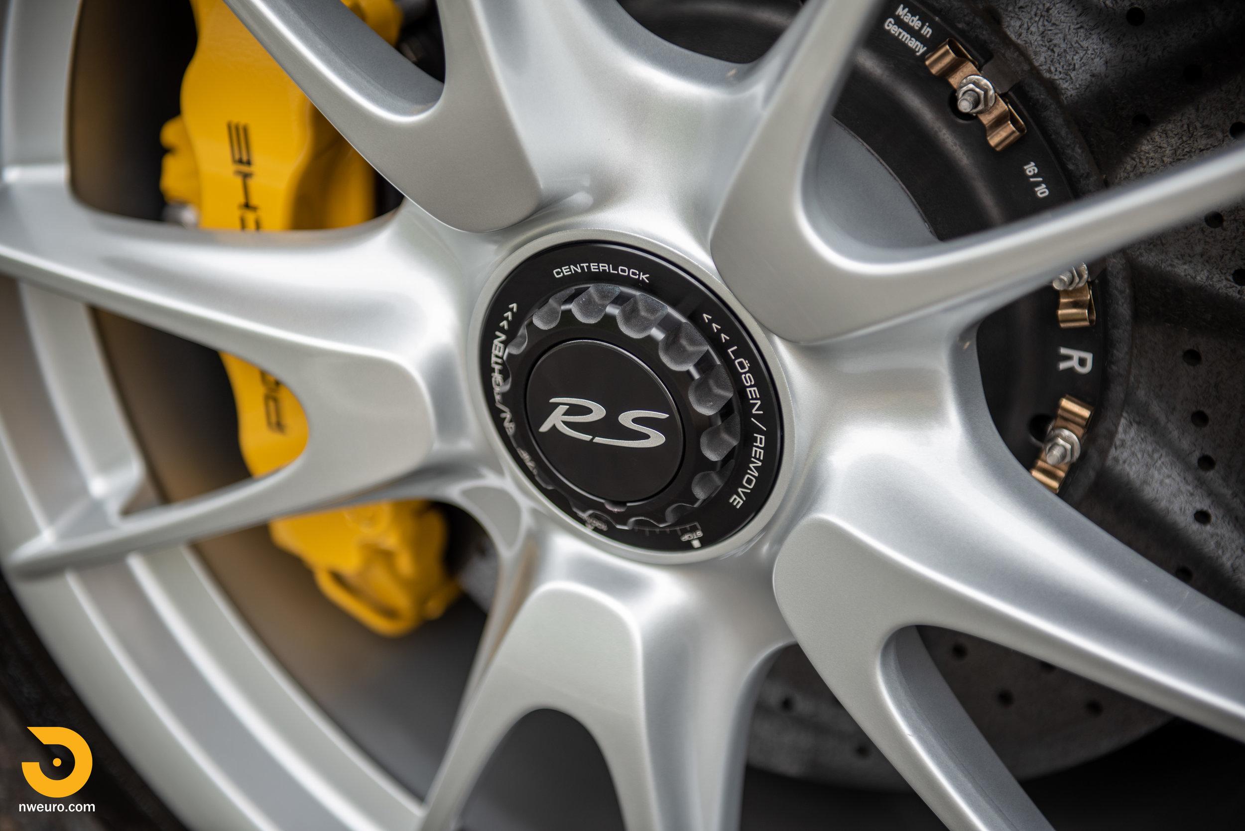 2011 Porsche GT3 RS-28.jpg
