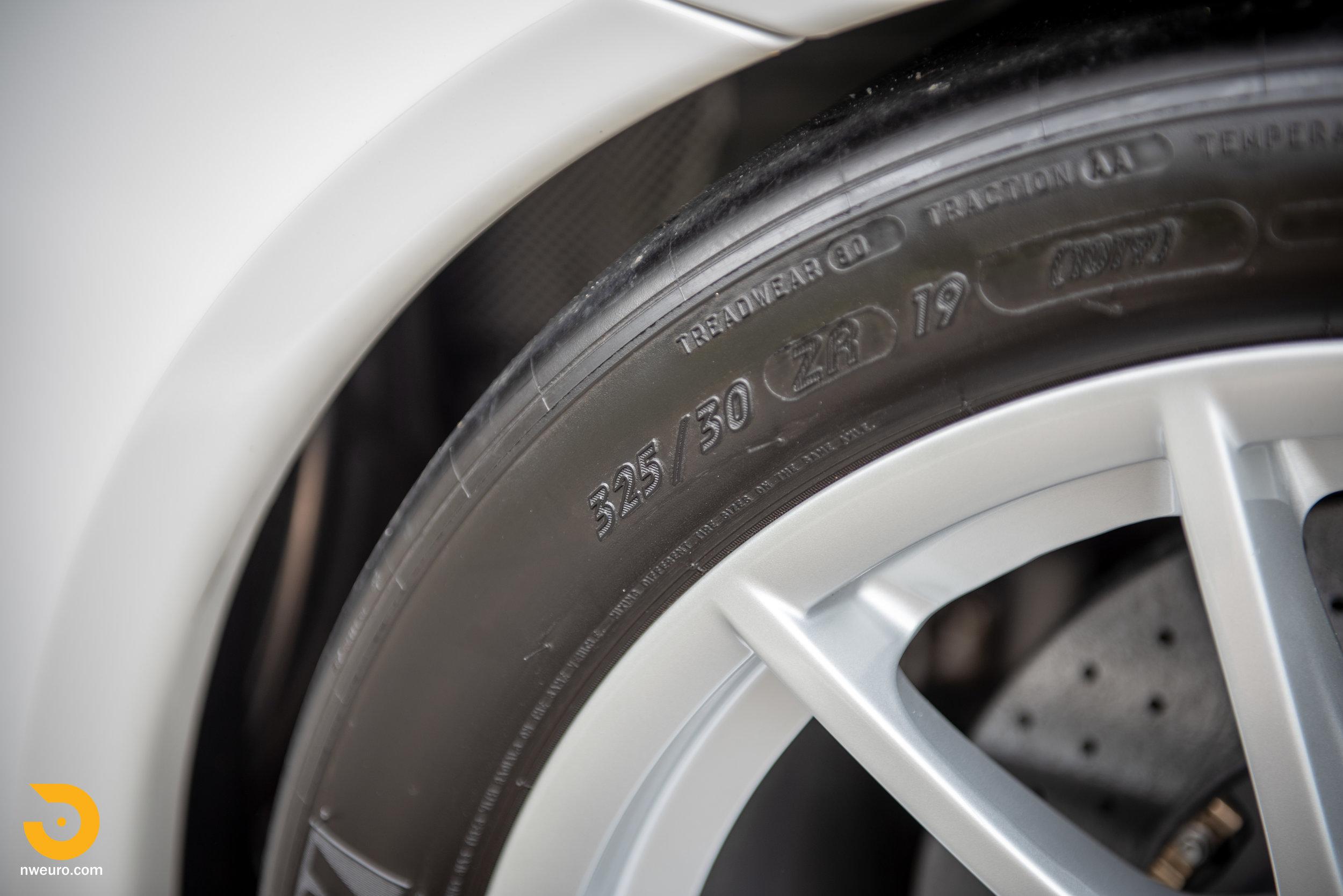 2011 Porsche GT3 RS-31.jpg