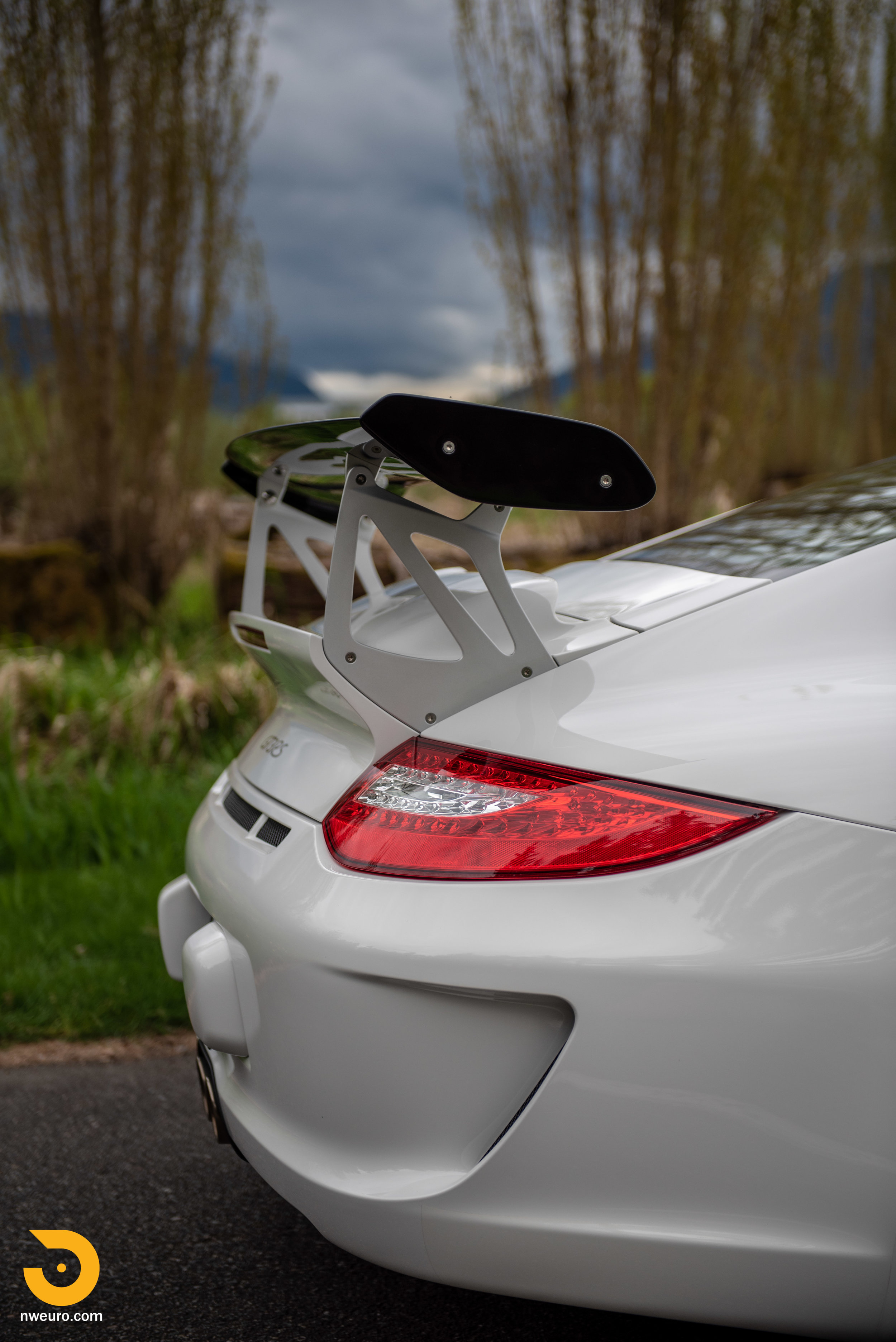 2011 Porsche GT3 RS-38.jpg