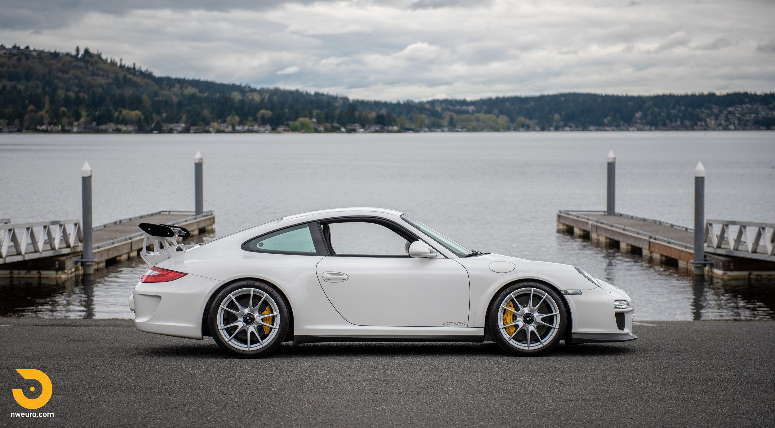 2011 Porsche GT3 RS-42.jpg