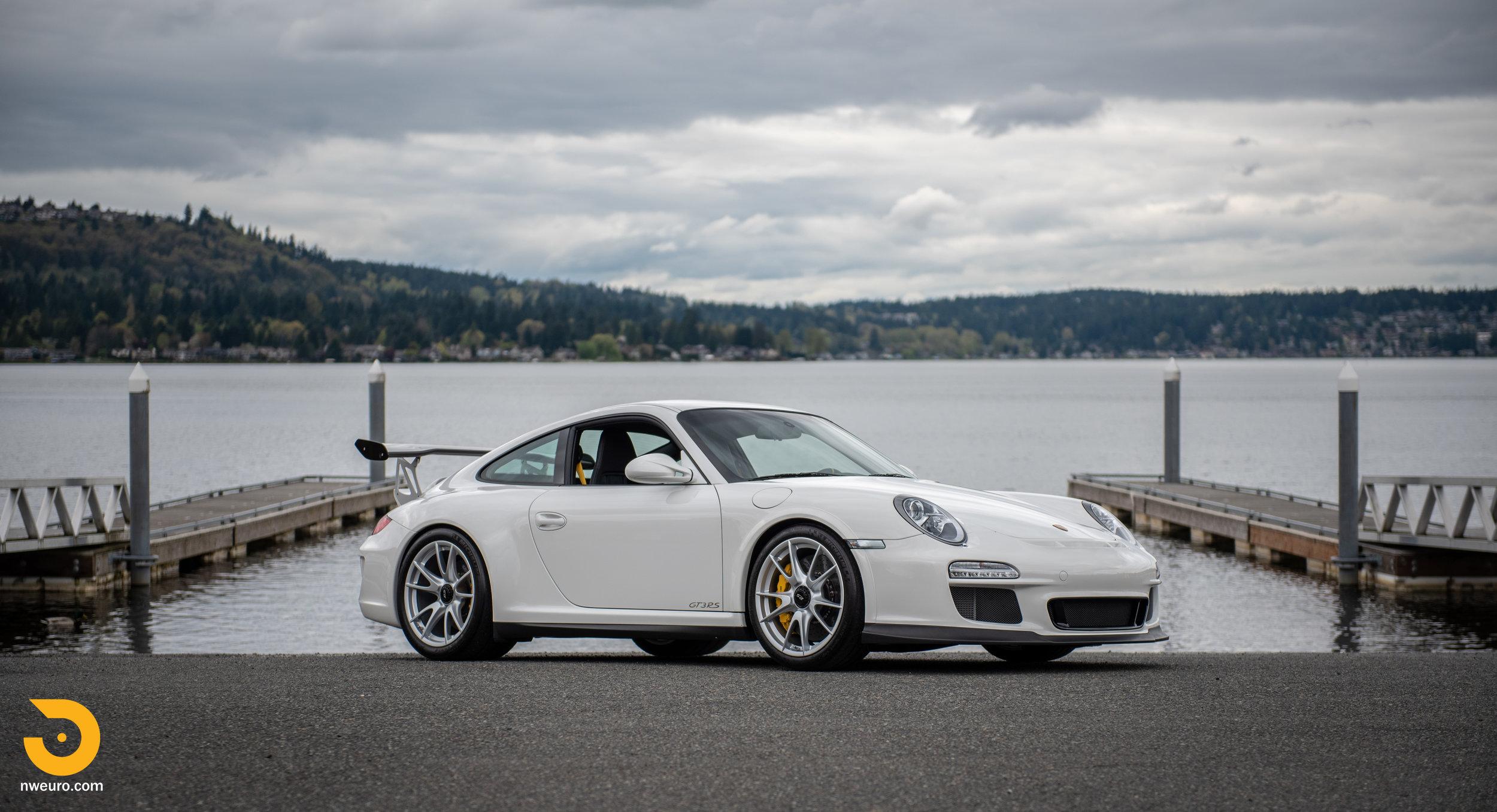 2011 Porsche GT3 RS-44.jpg
