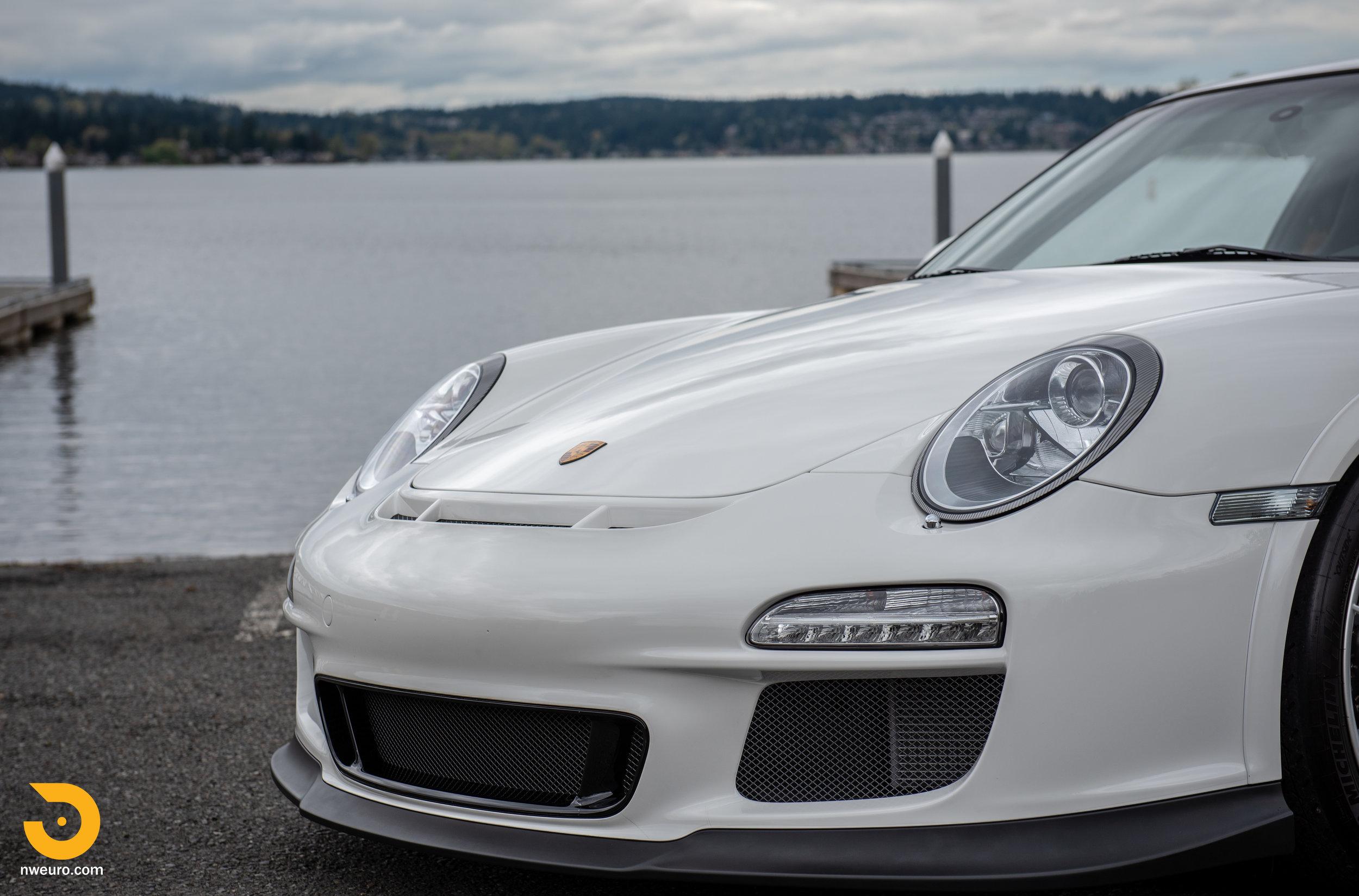 2011 Porsche GT3 RS-49.jpg