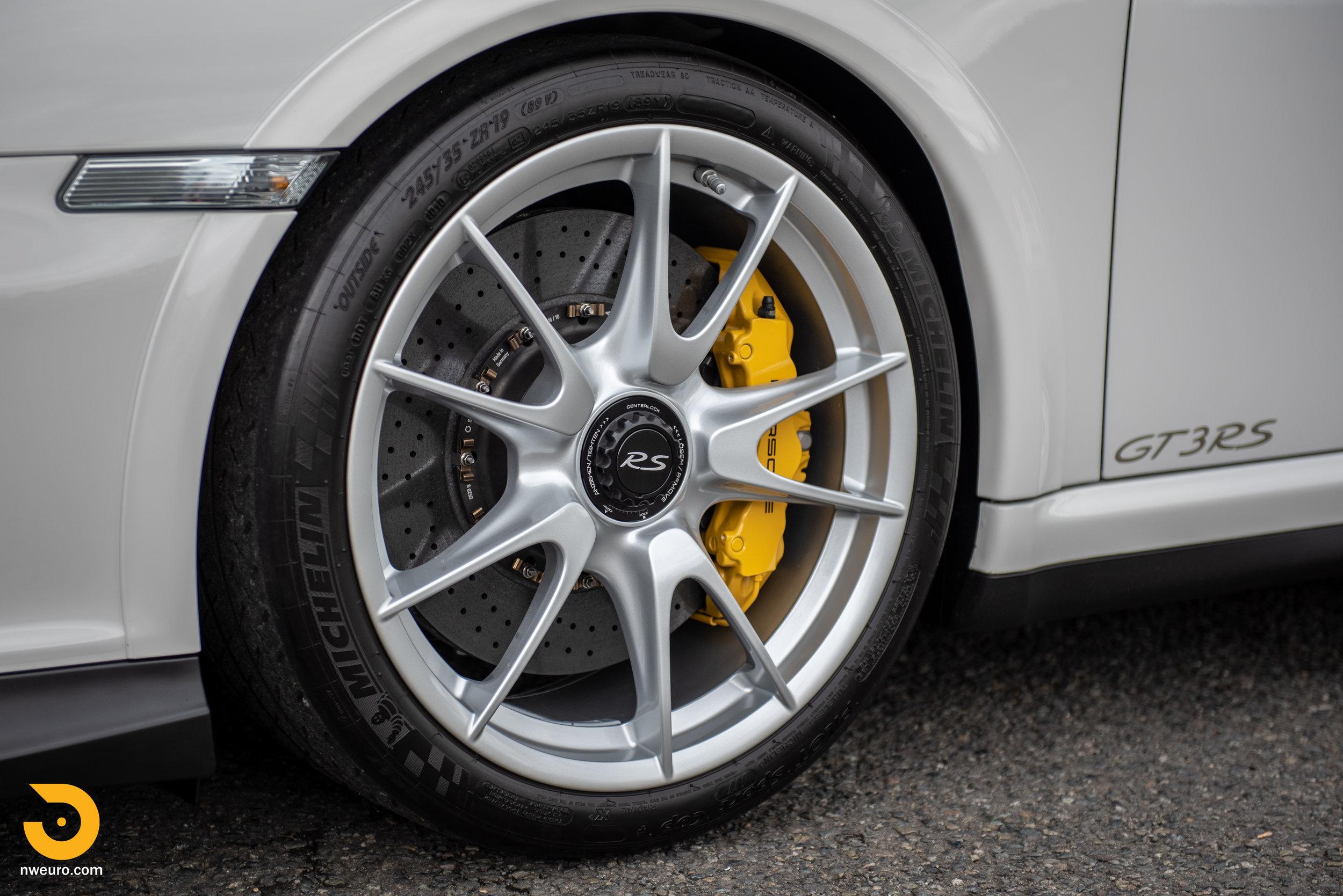 2011 Porsche GT3 RS-50.jpg