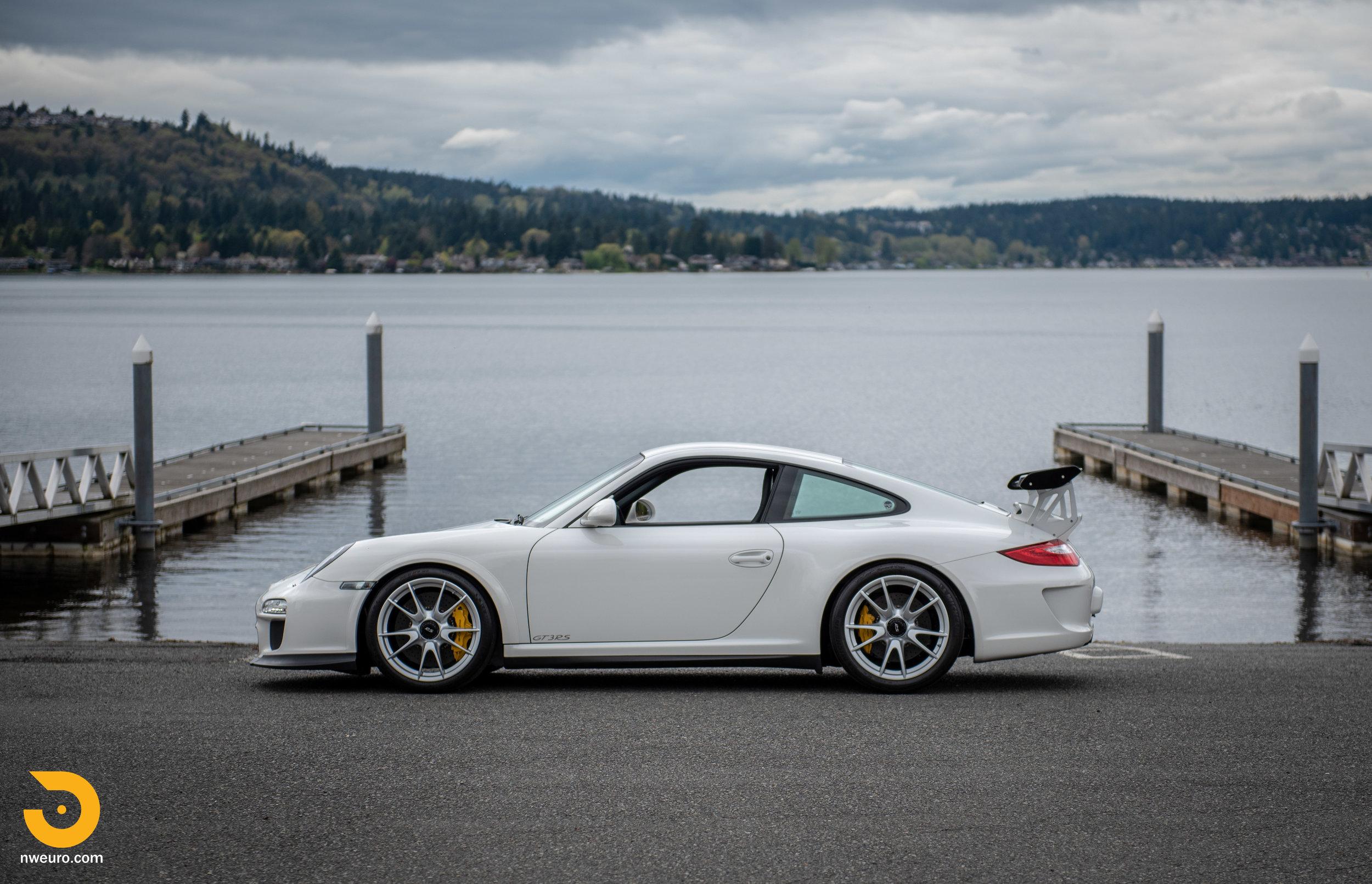 2011 Porsche GT3 RS-52.jpg