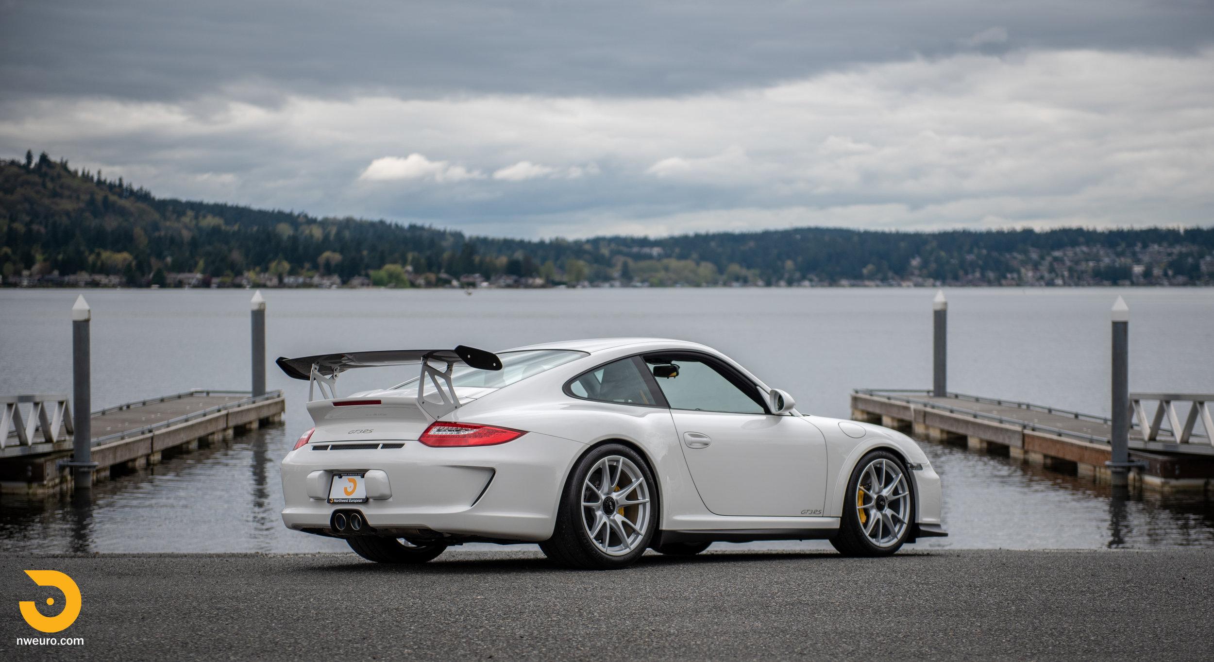 2011 Porsche GT3 RS-58.jpg