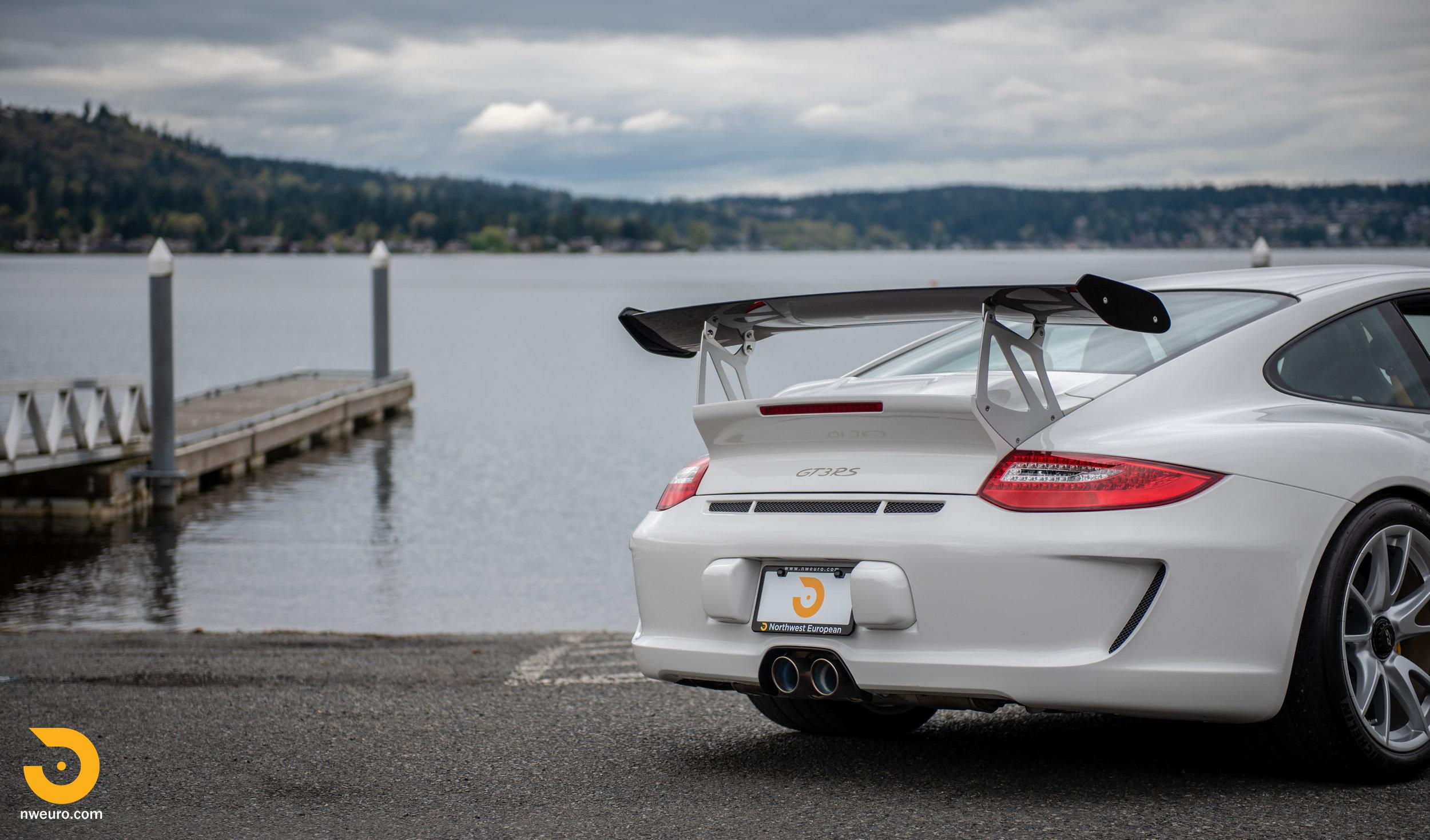 2011 Porsche GT3 RS-59.jpg