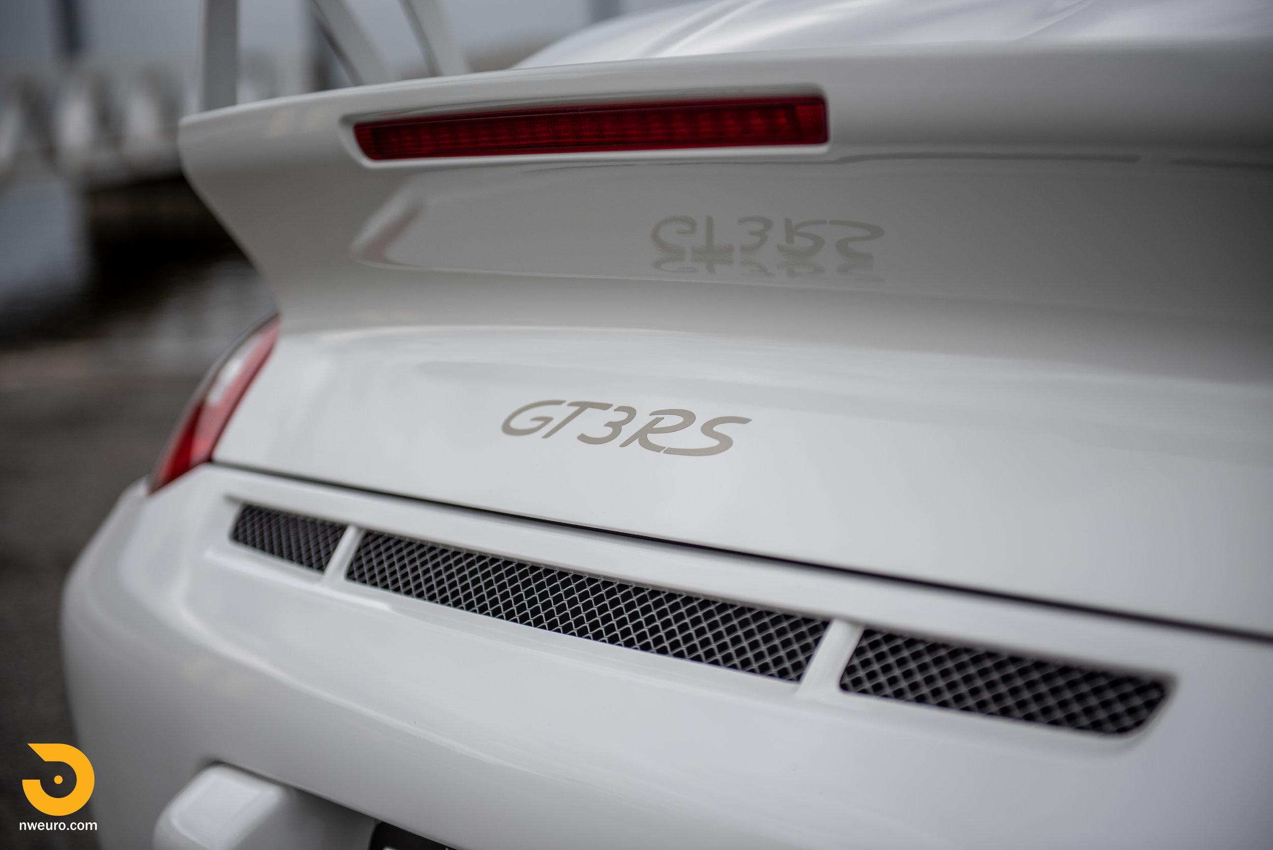 2011 Porsche GT3 RS-60.jpg