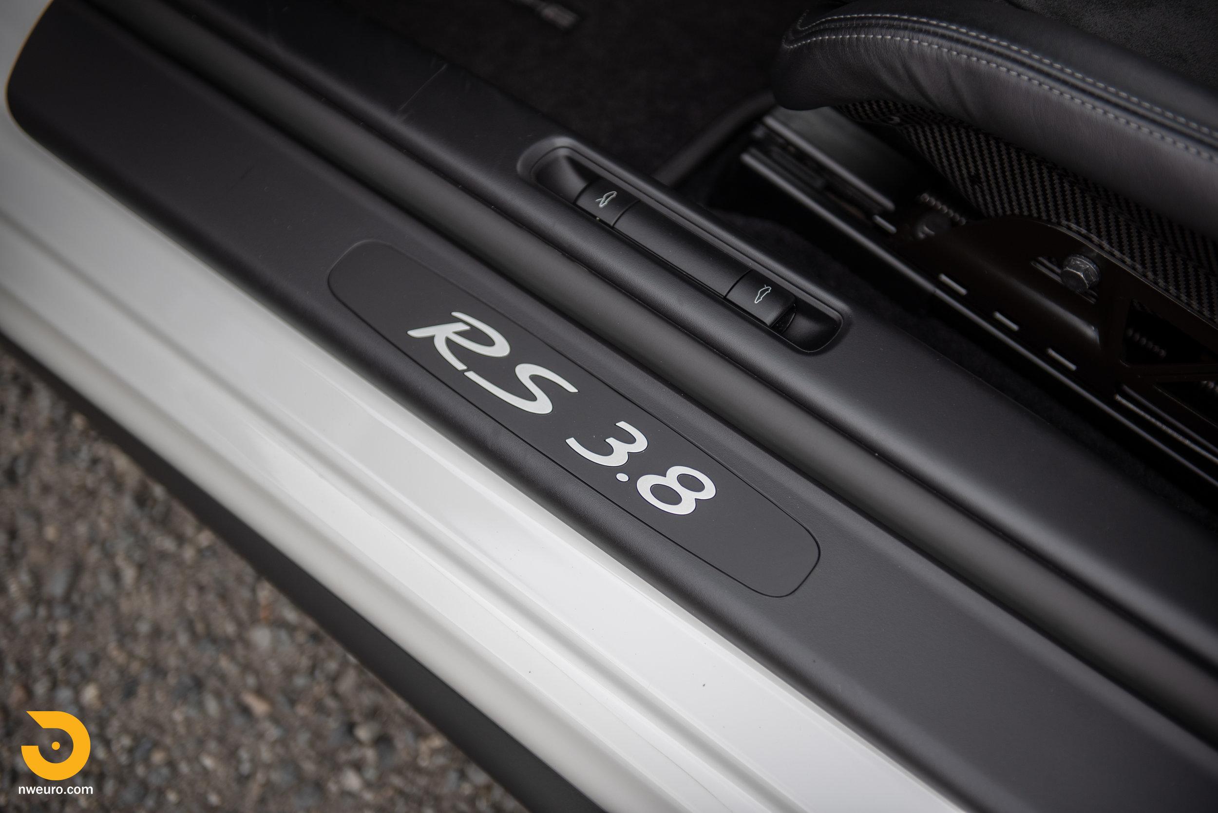 2011 Porsche GT3 RS-63.jpg