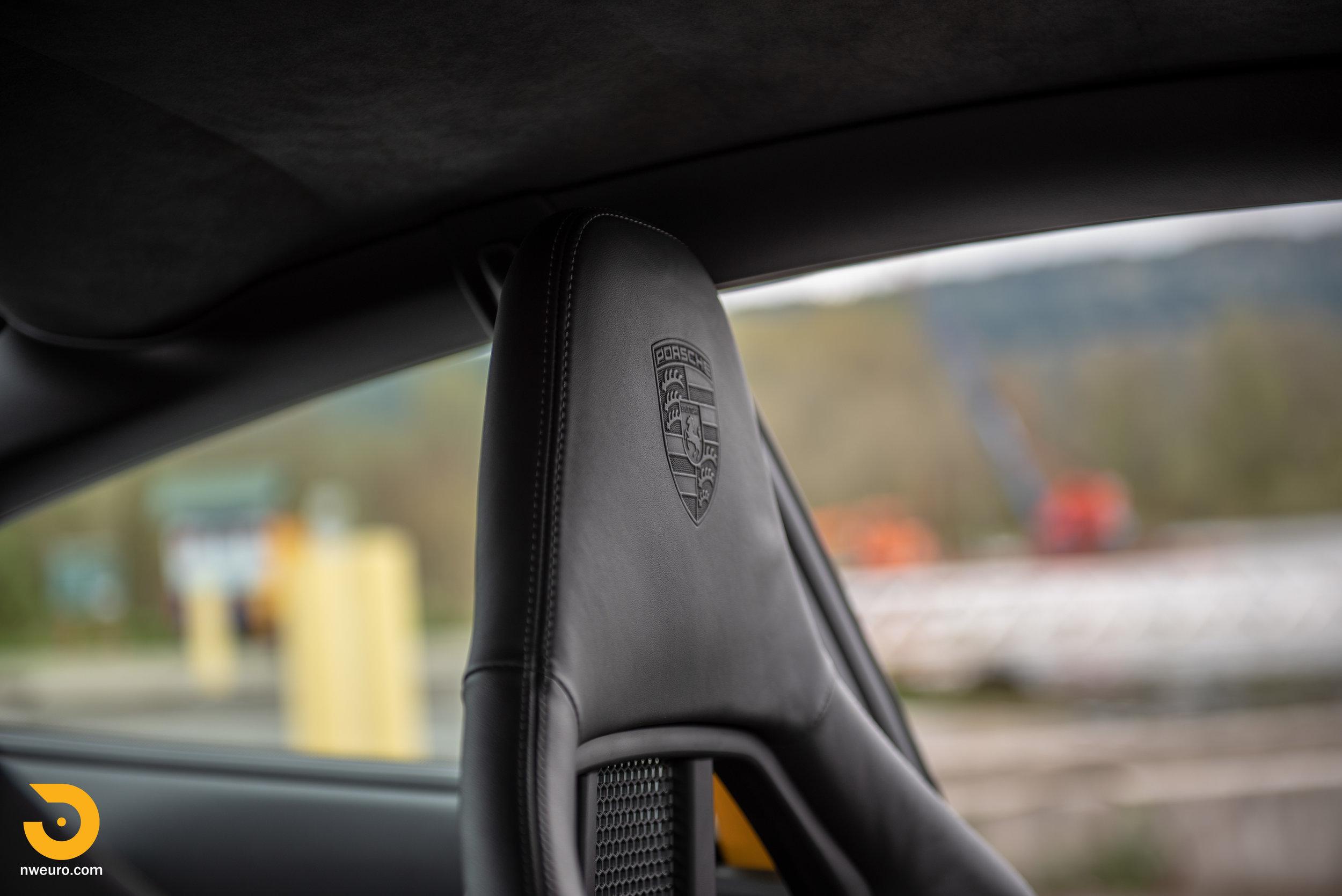 2011 Porsche GT3 RS-89.jpg