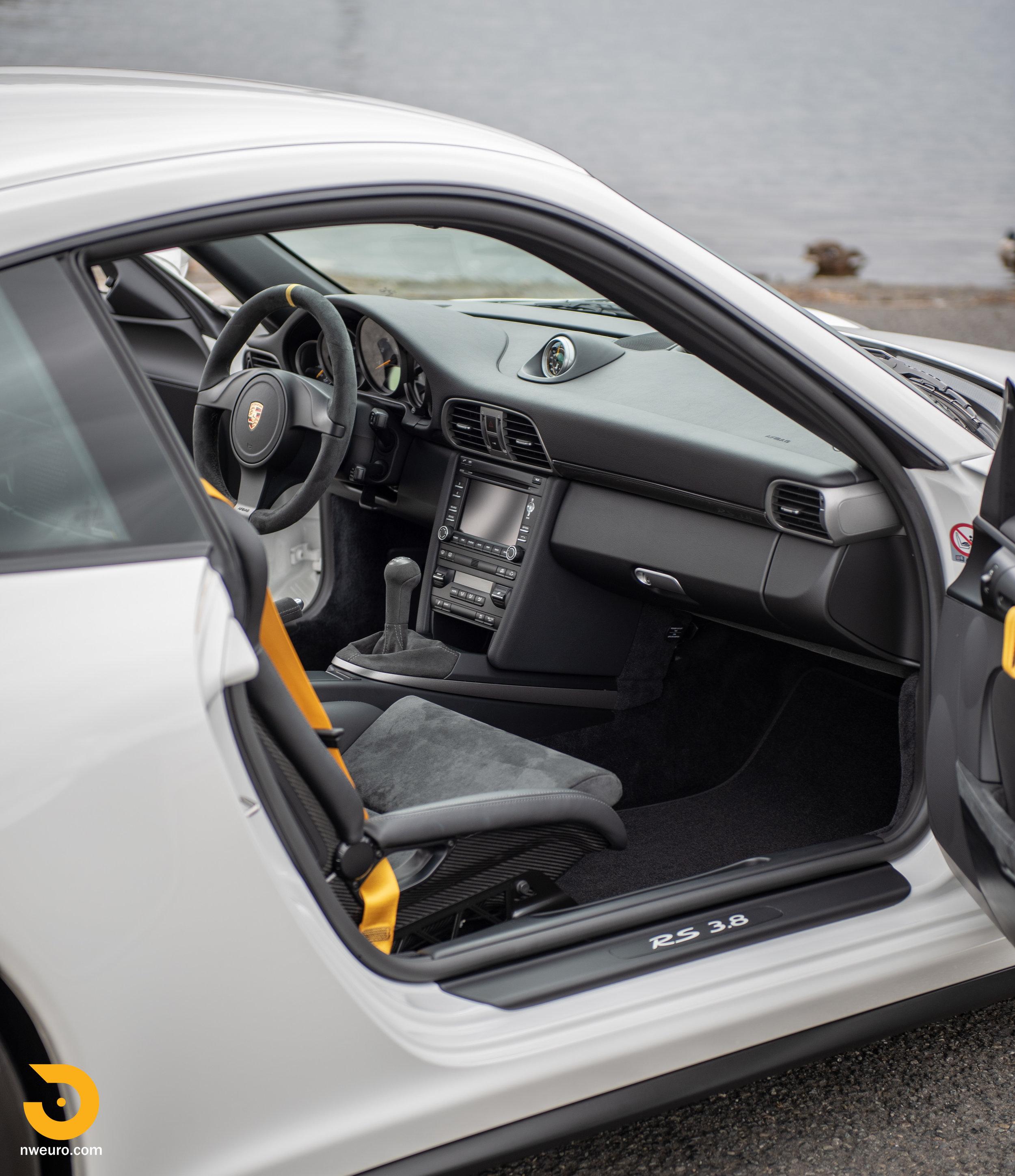 2011 Porsche GT3 RS-91.jpg