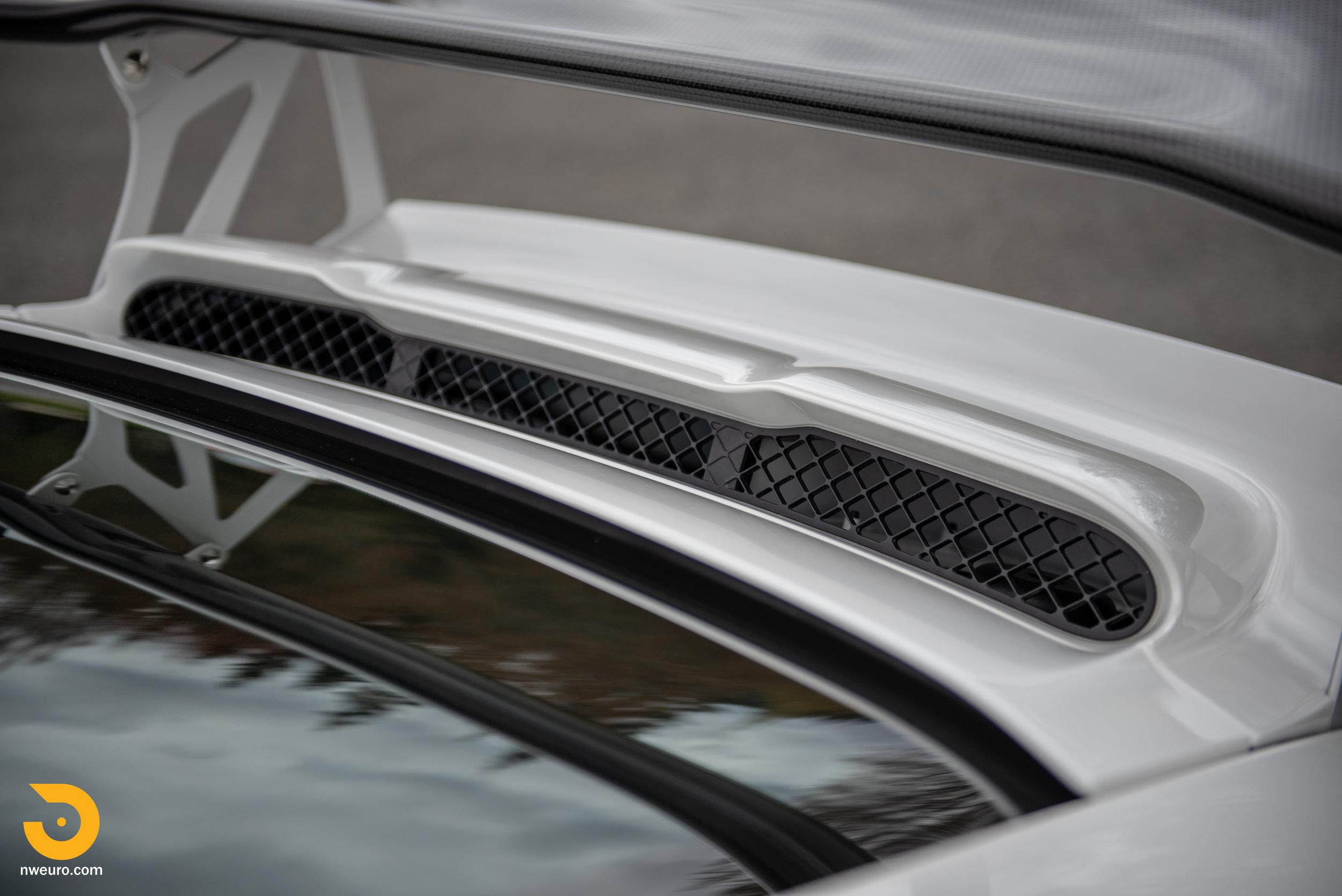 2011 Porsche GT3 RS-92.jpg