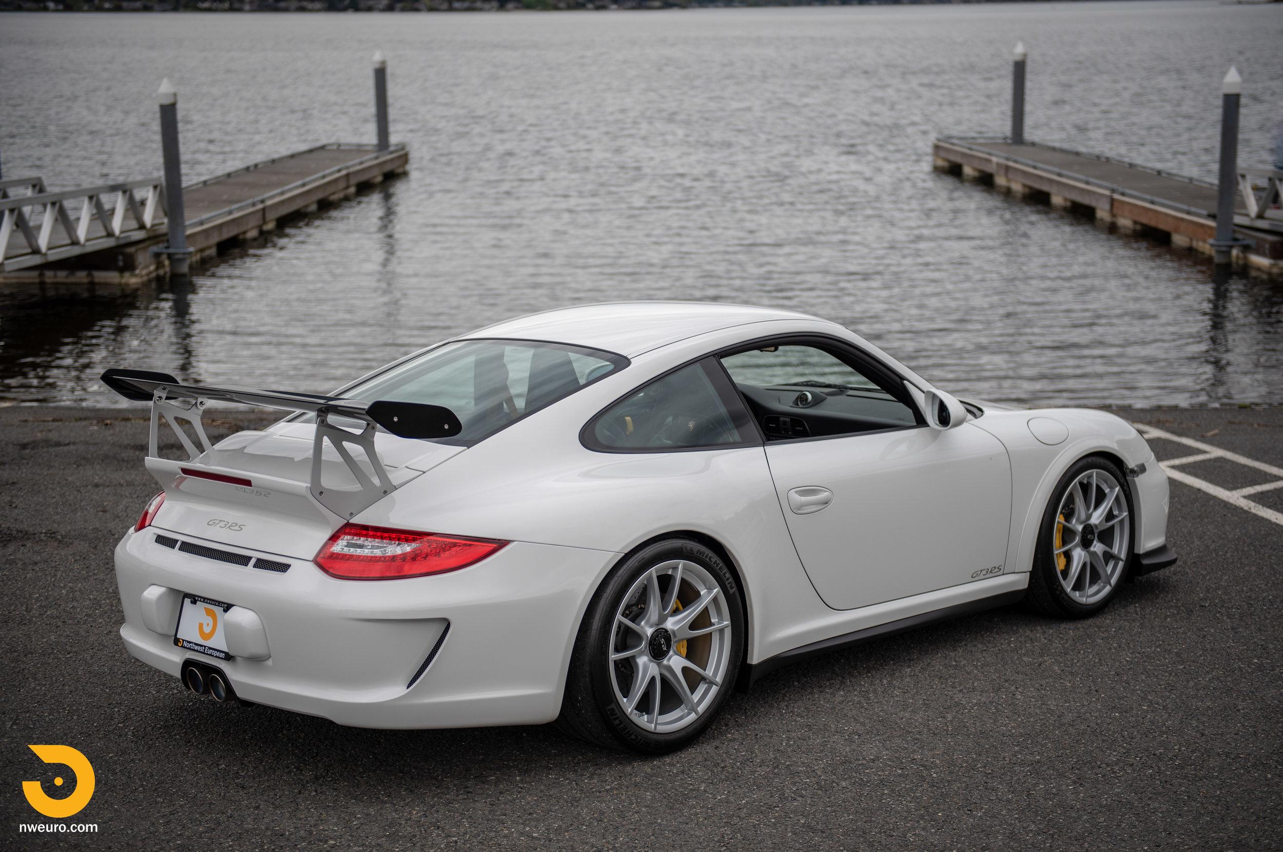 2011 Porsche GT3 RS-96.jpg
