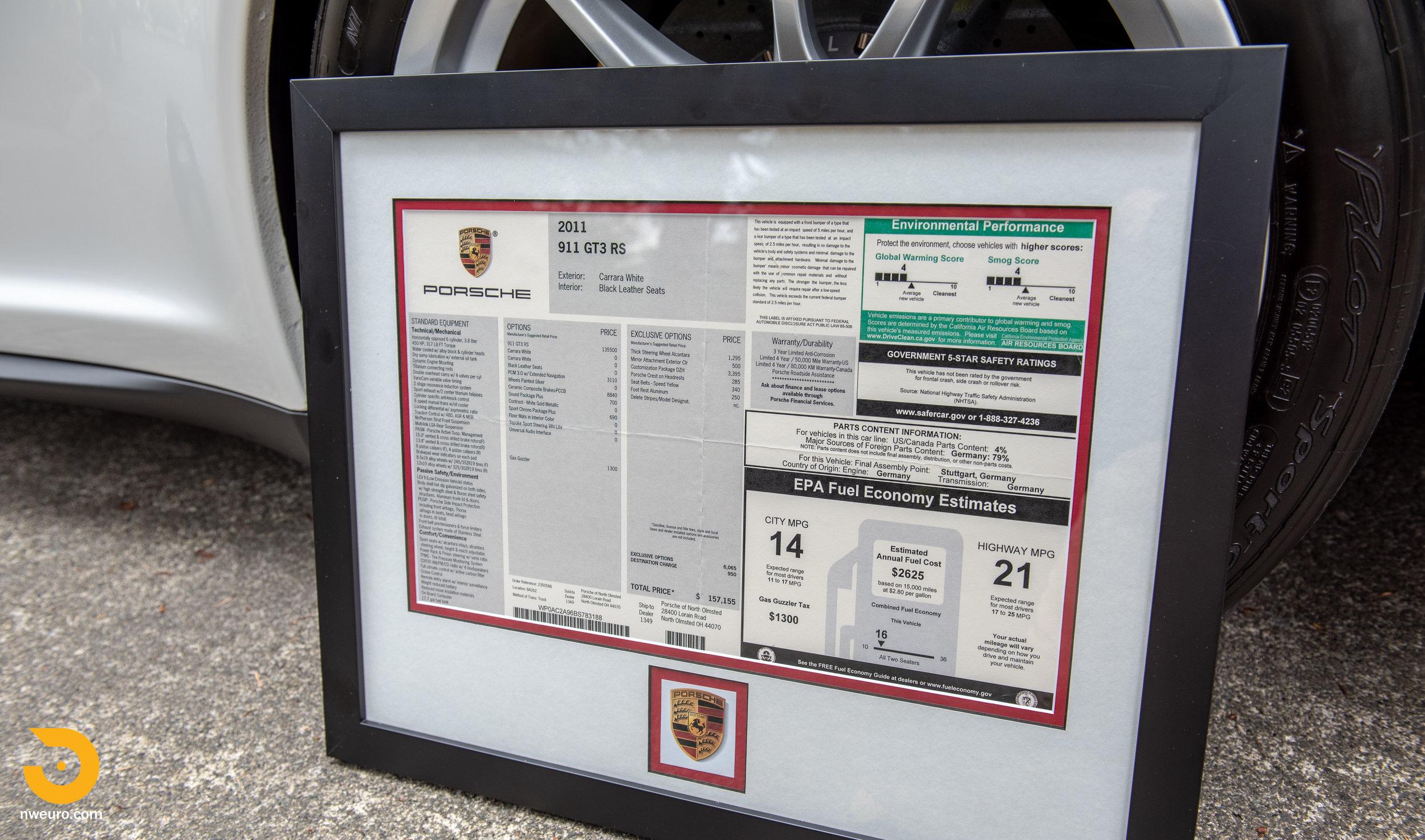 2011 Porsche GT3 RS-98.jpg