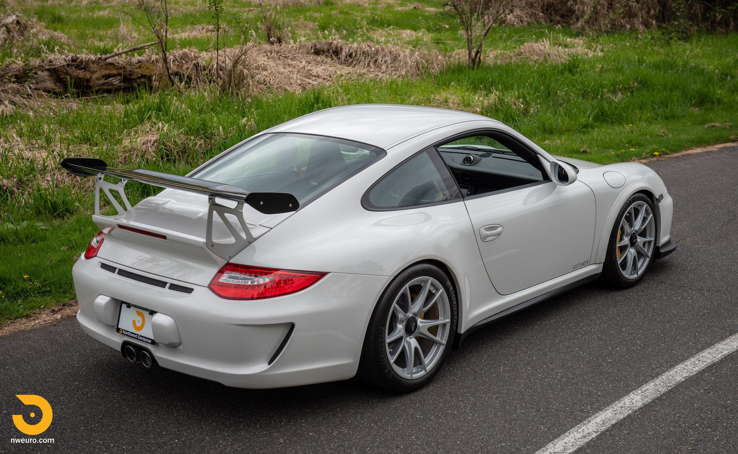 2011 Porsche GT3 RS-5.jpg