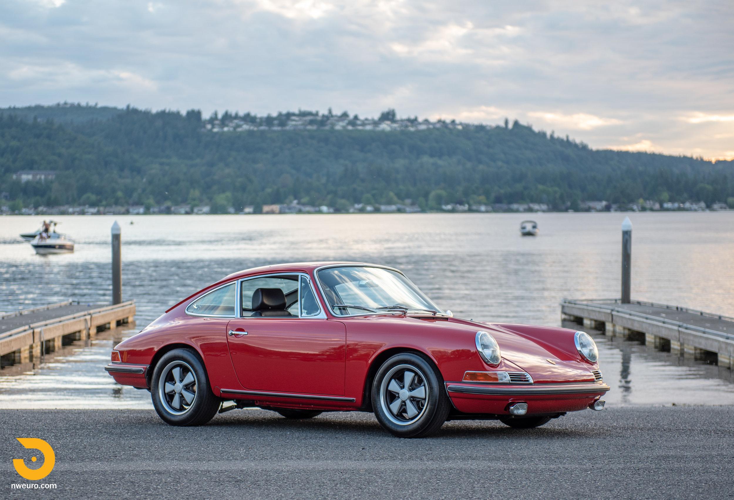1967 Porsche 911 S-4.jpg