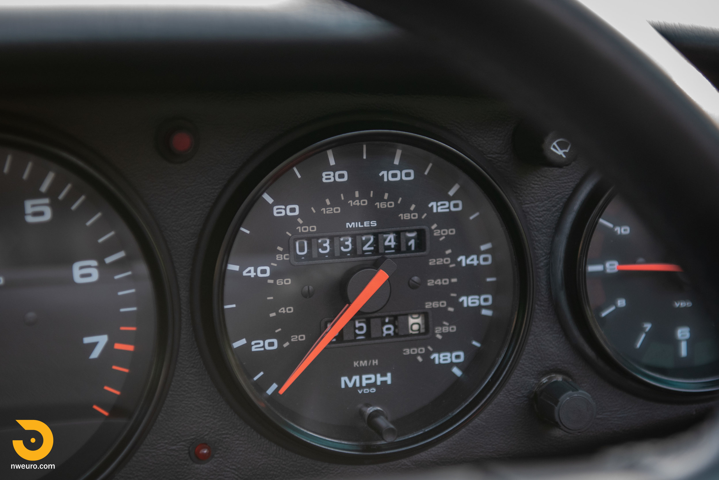 1990 Porsche Carrera 2 Cabriolet-2.jpg