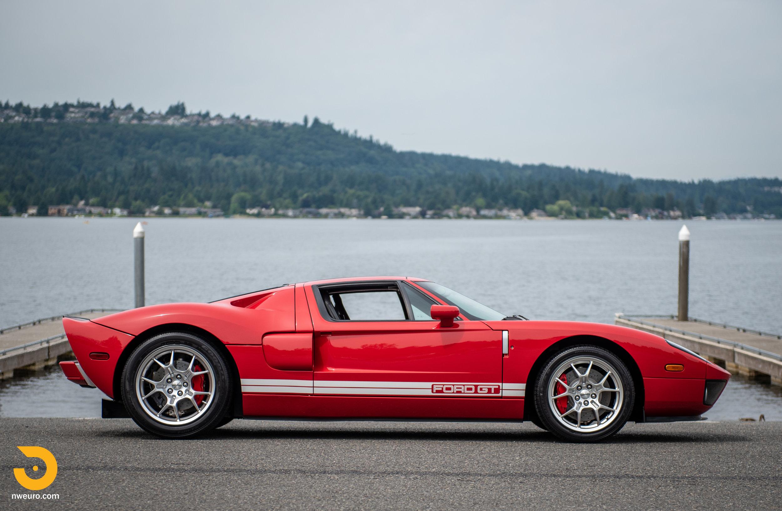2005 Ford GT Red-2.jpg