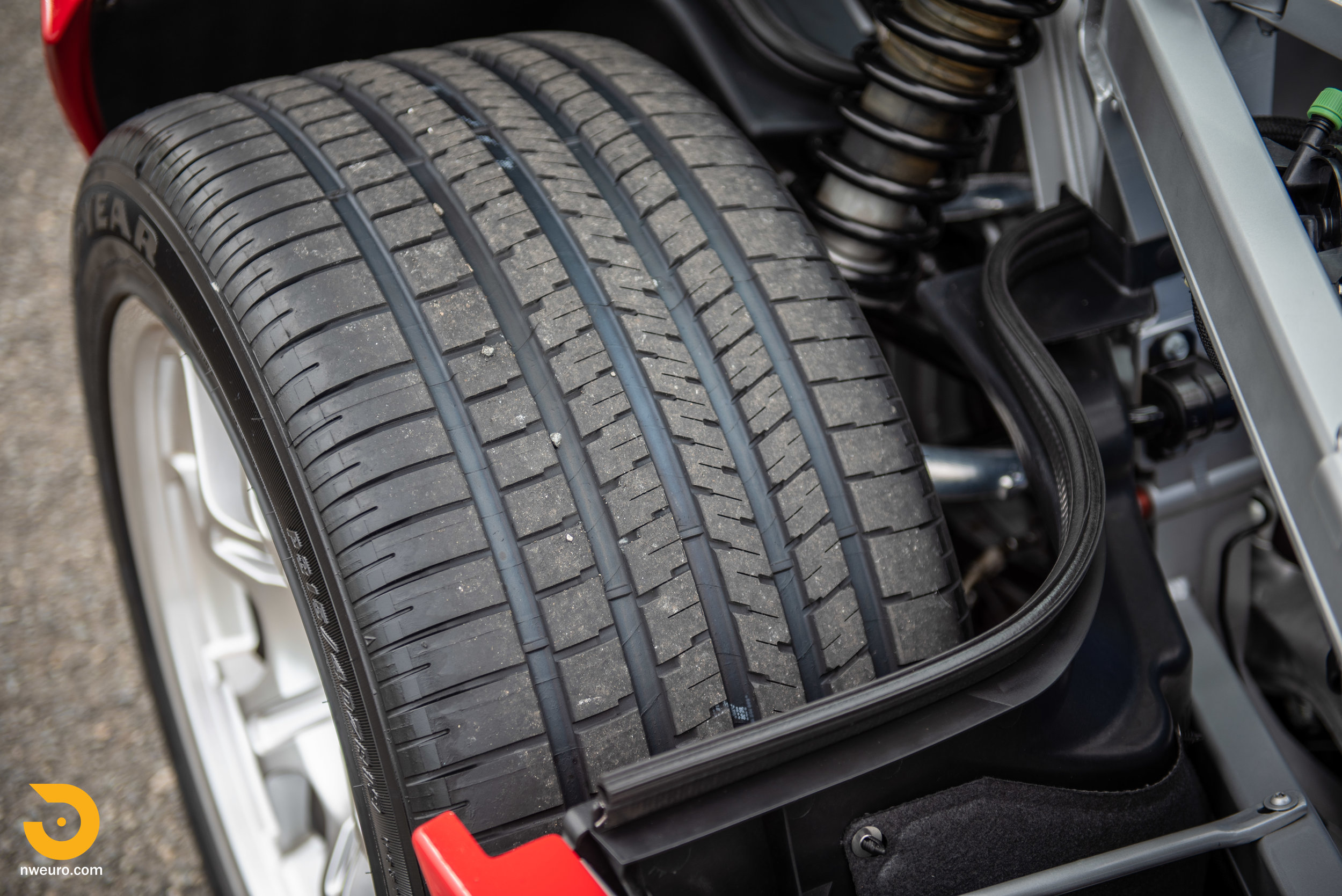 2005 Ford GT Red-20.jpg