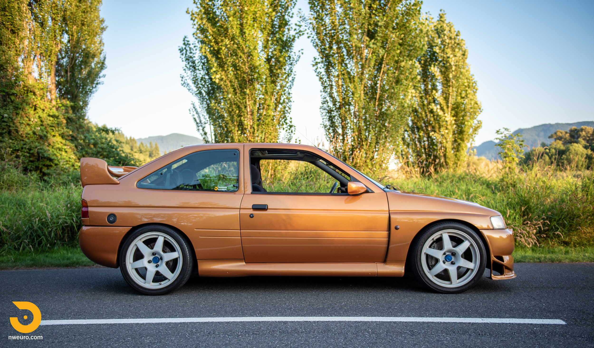 1995 Ford Escort Cosworth RS Gold-8.jpg