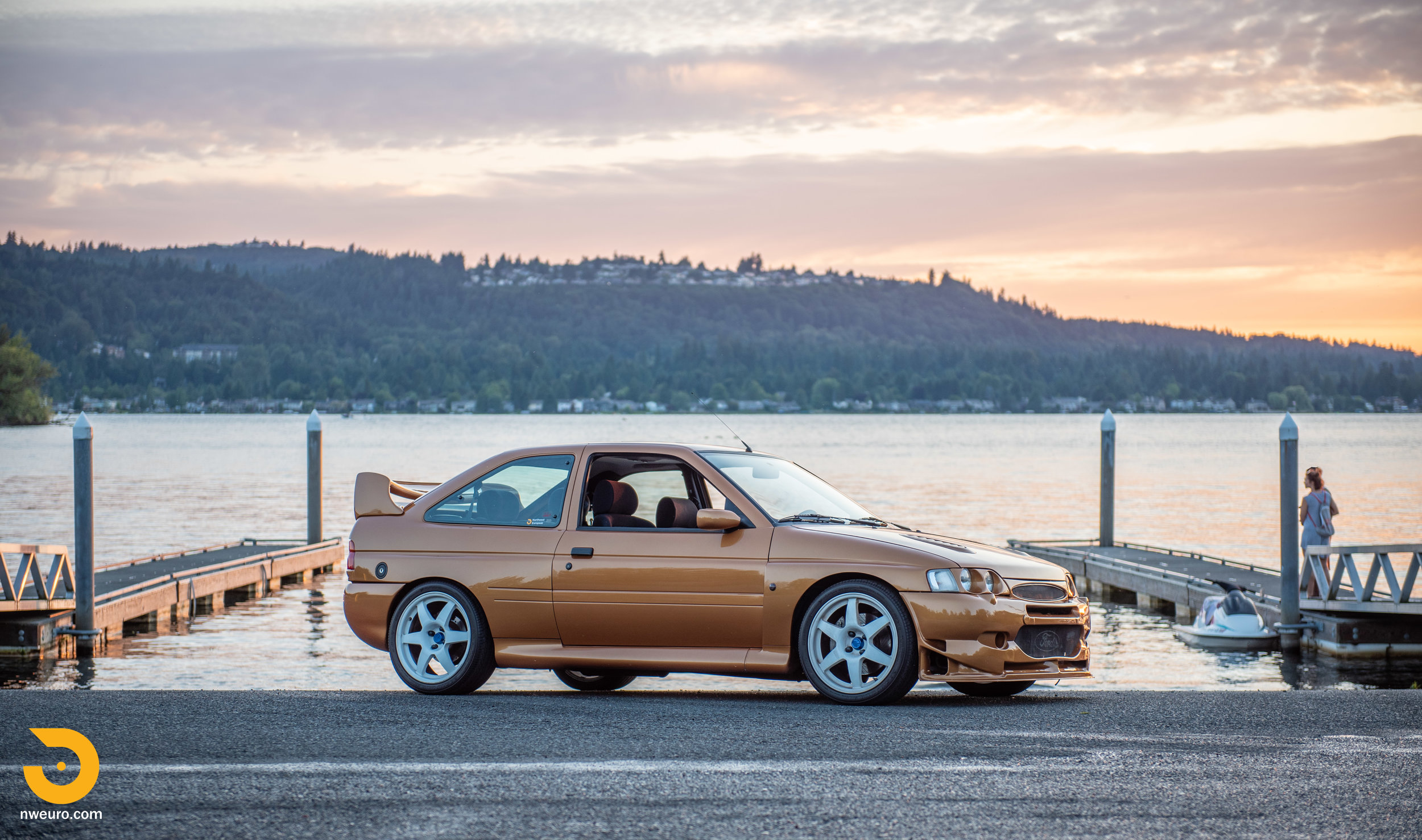 1995 Ford Escort Cosworth RS Gold-51.jpg
