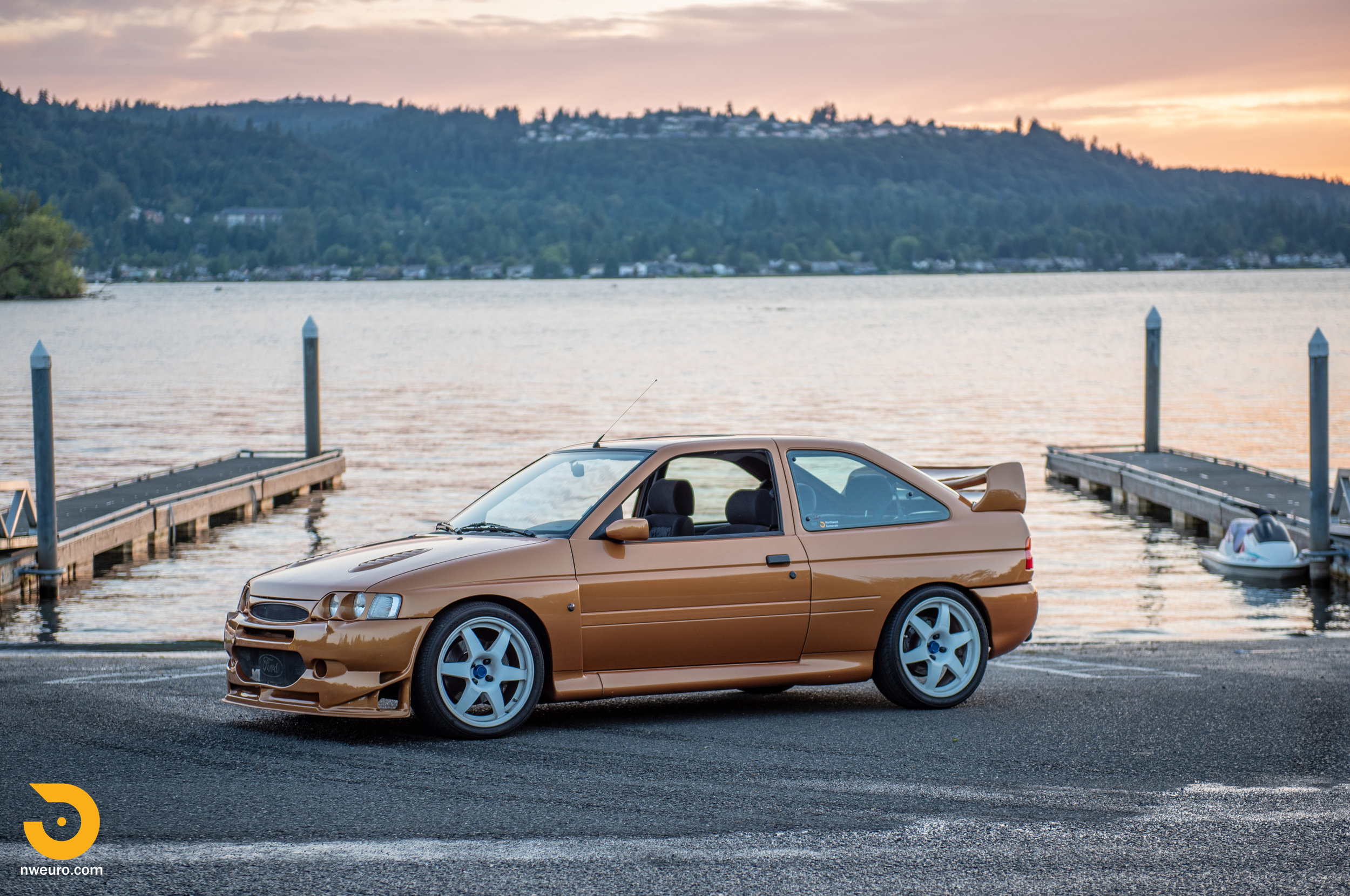 1995 Ford Escort Cosworth RS Gold-54.jpg