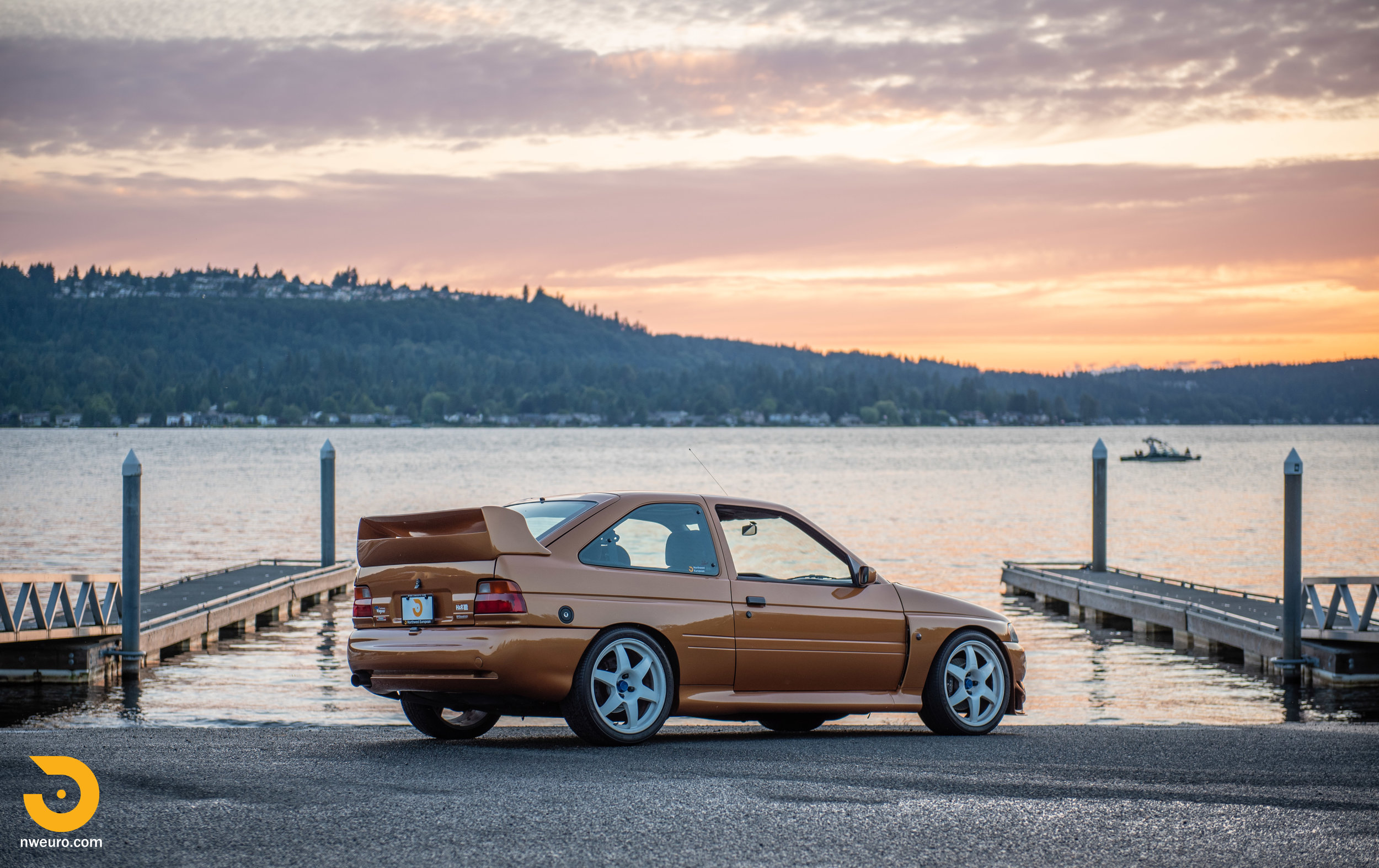 1995 Ford Escort Cosworth RS Gold-58.jpg