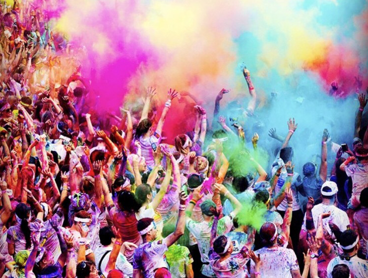 Image care of Color Run Australia – Miles Hall Solid Liquid States article by Carrie McCarthy.