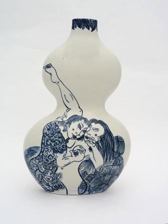 Shin Koyama, Lovers, hand painted ceramic, 35 x 25 cm