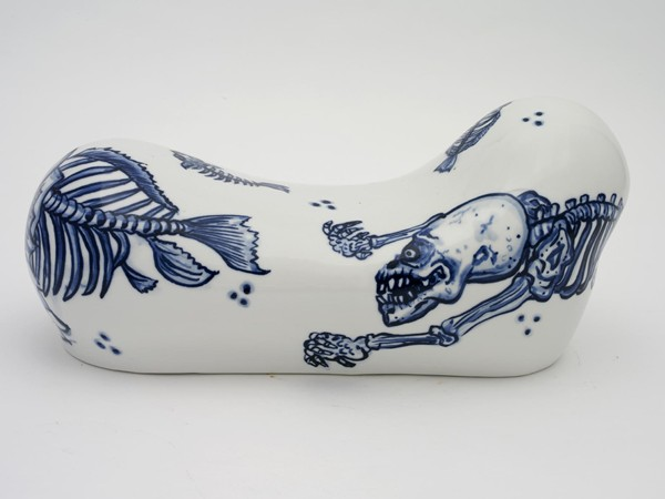 Shin Koyama, Pillow #7, hand painted ceramic, 35 x 17 x 15 cm