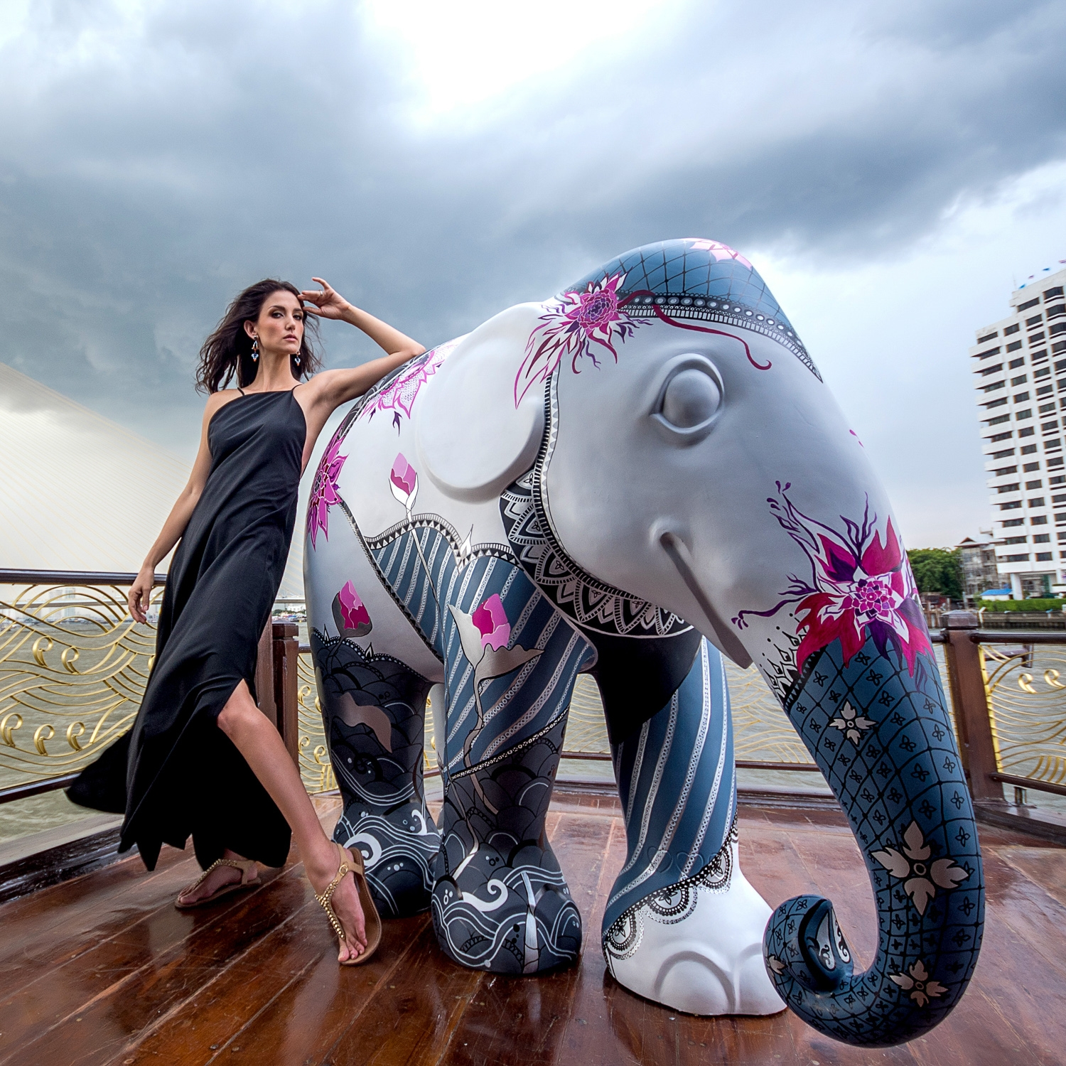 Serina and I on our photoshoot on the Chaophraya River.